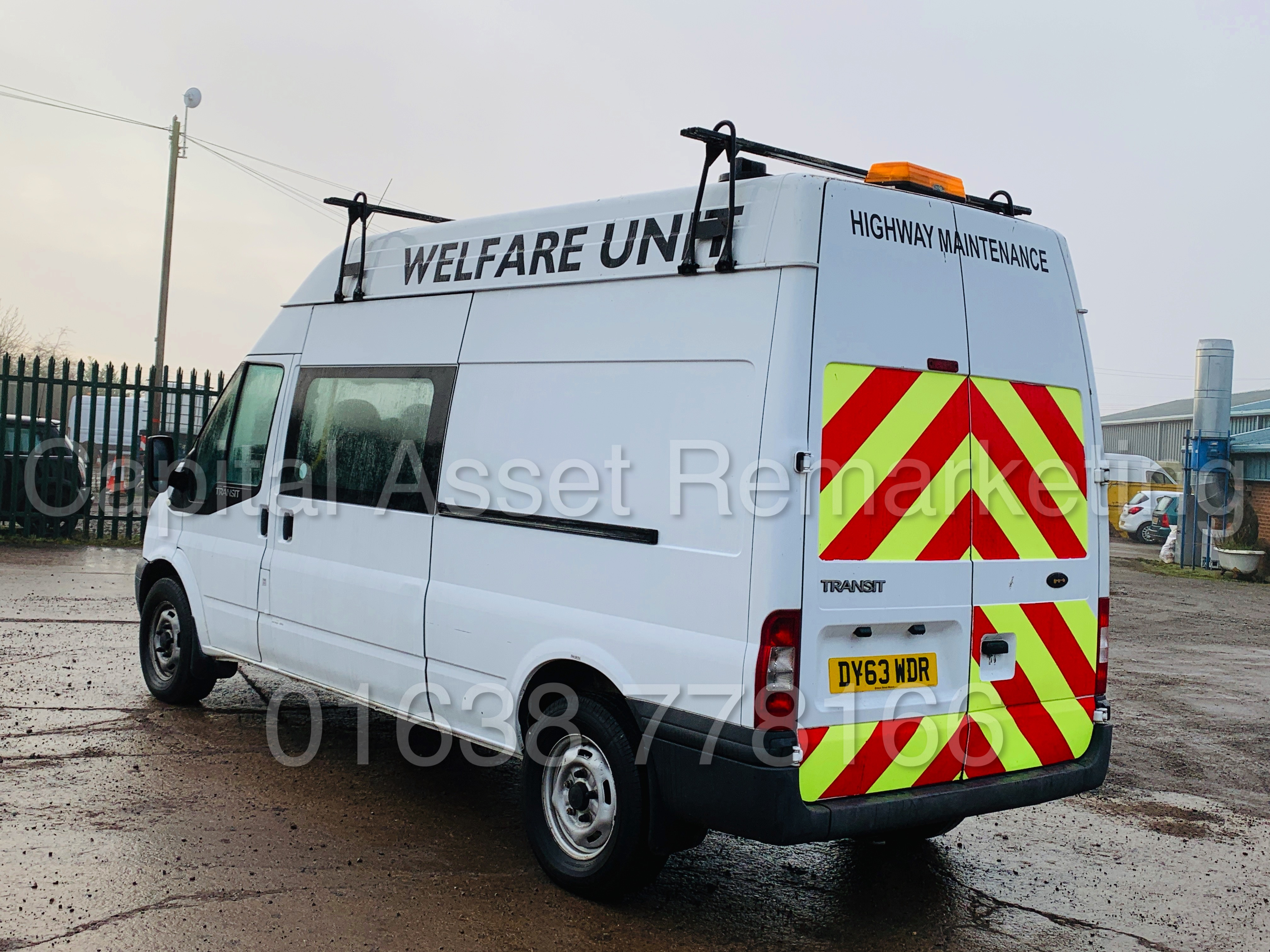 FORD TRANSIT T350 *LWB - 7 SEATER MESSING UNIT* (2014 MODEL) '2.4 TDCI - 6 SPEED' *ON BOARD TOILET* - Image 9 of 44