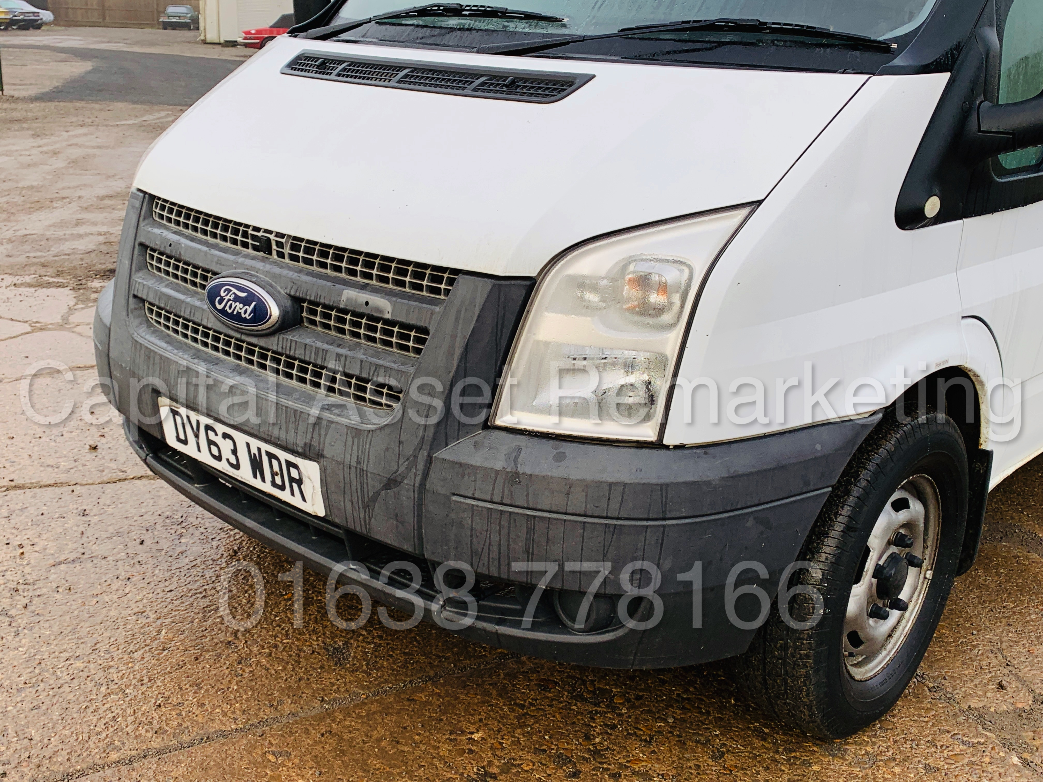 FORD TRANSIT T350 *LWB - 7 SEATER MESSING UNIT* (2014 MODEL) '2.4 TDCI - 6 SPEED' *ON BOARD TOILET* - Image 14 of 44