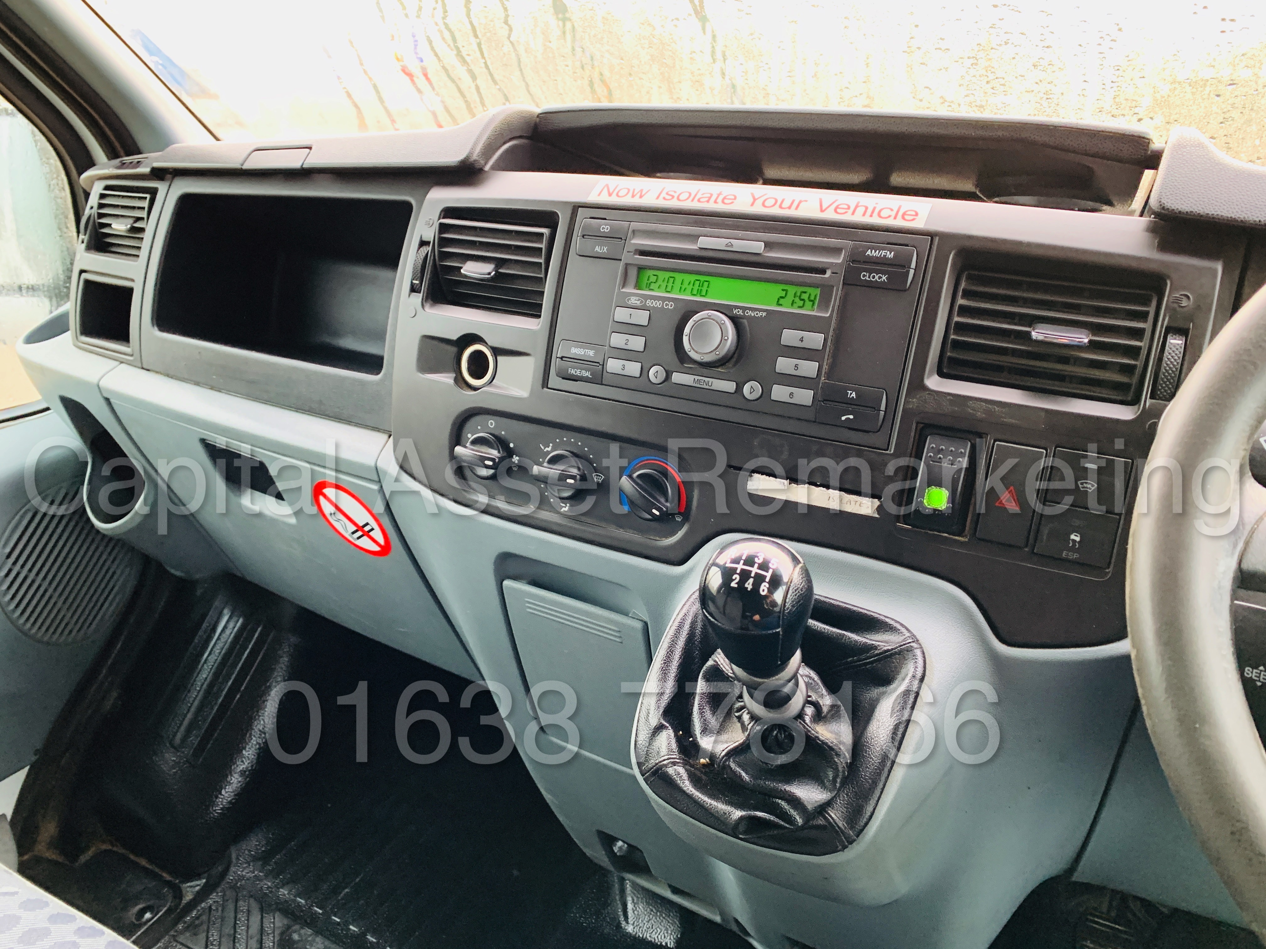 FORD TRANSIT T350 *LWB - 7 SEATER MESSING UNIT* (2014 MODEL) '2.4 TDCI - 6 SPEED' *ON BOARD TOILET* - Image 38 of 44