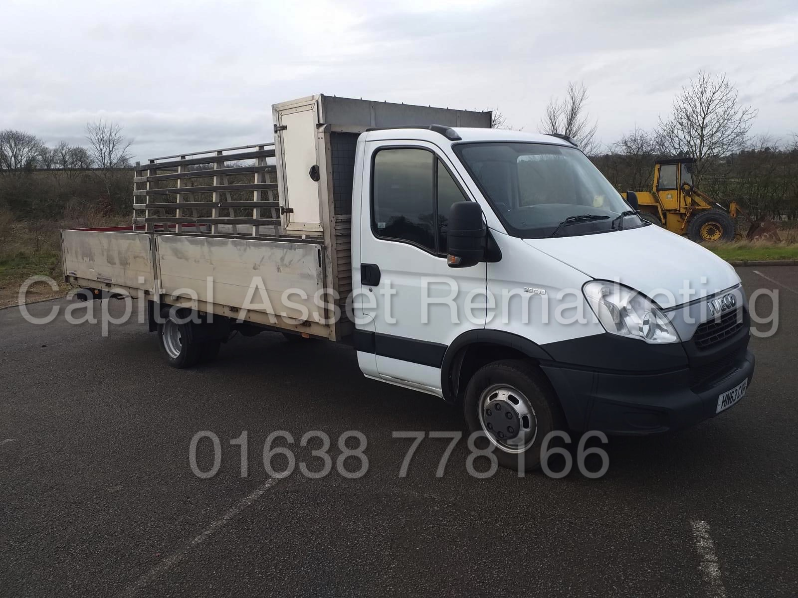 IVECO DAILY 35C13 *XLWB - ALLOY DROPSIDE* (2014 MODEL) '2.3 DIESEL - 127 BHP - AUTOMATIC' (3500 KG) - Image 2 of 20