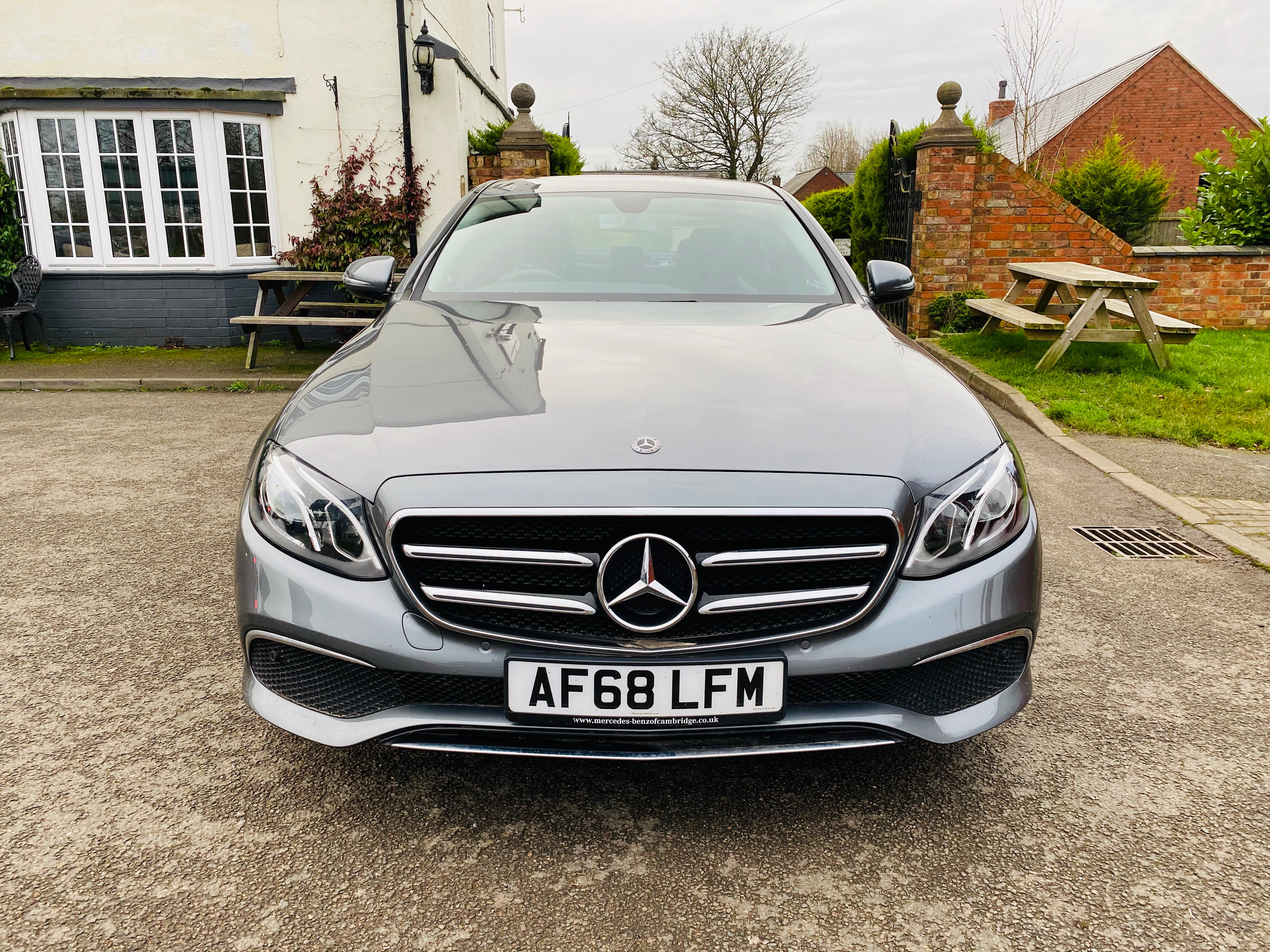 """ON SALE MERCEDES E220d """"SPECIAL EQUIPMENT"""" 9G-TRONIC (2019 MODEL) *GREAT SPEC*SAT NAV - LEATHER - Image 3 of 26"""