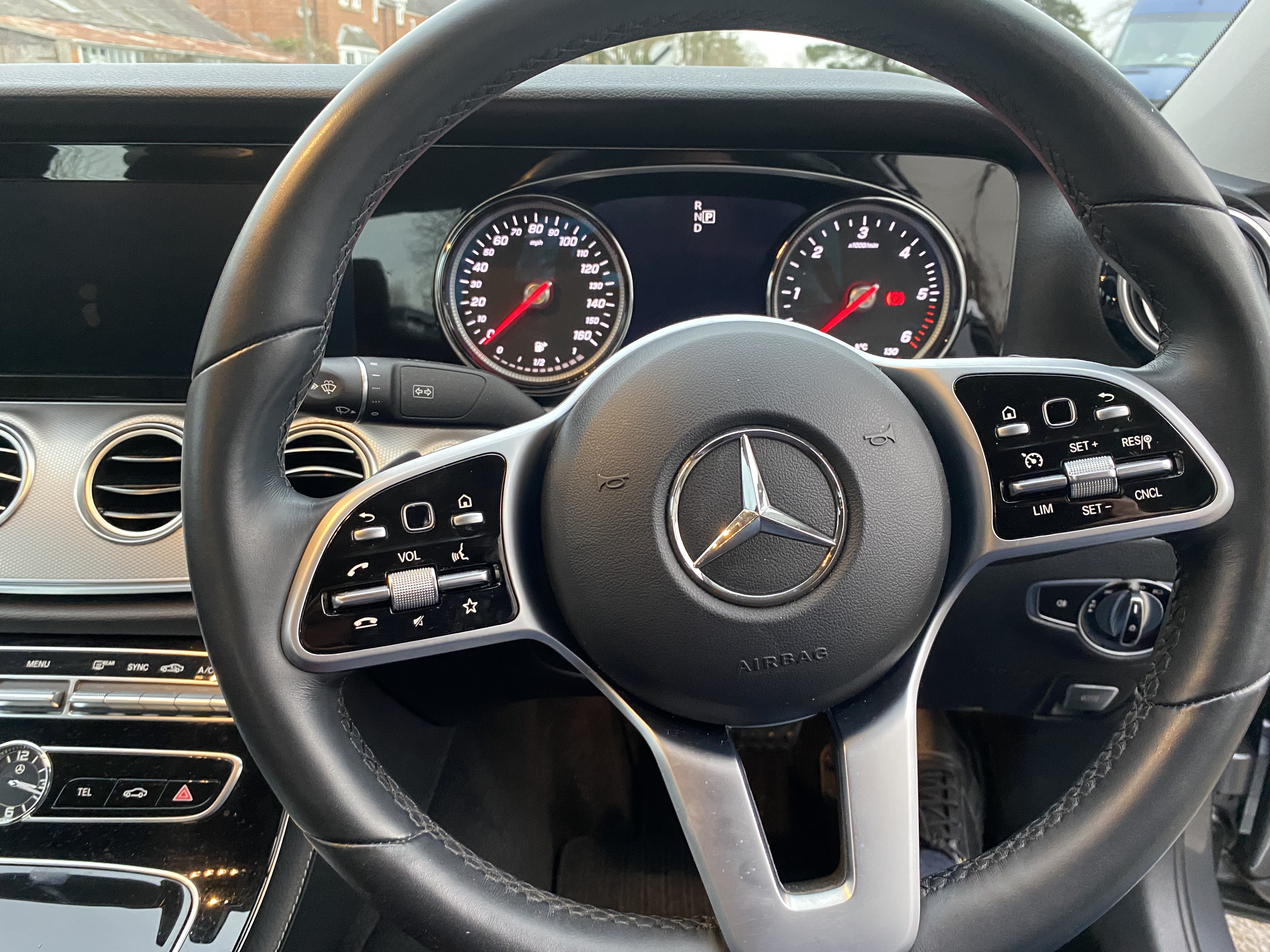 """ON SALE MERCEDES E220d """"SPECIAL EQUIPMENT"""" 9G-TRONIC (2019 MODEL) *GREAT SPEC*SAT NAV - LEATHER - Image 13 of 26"""