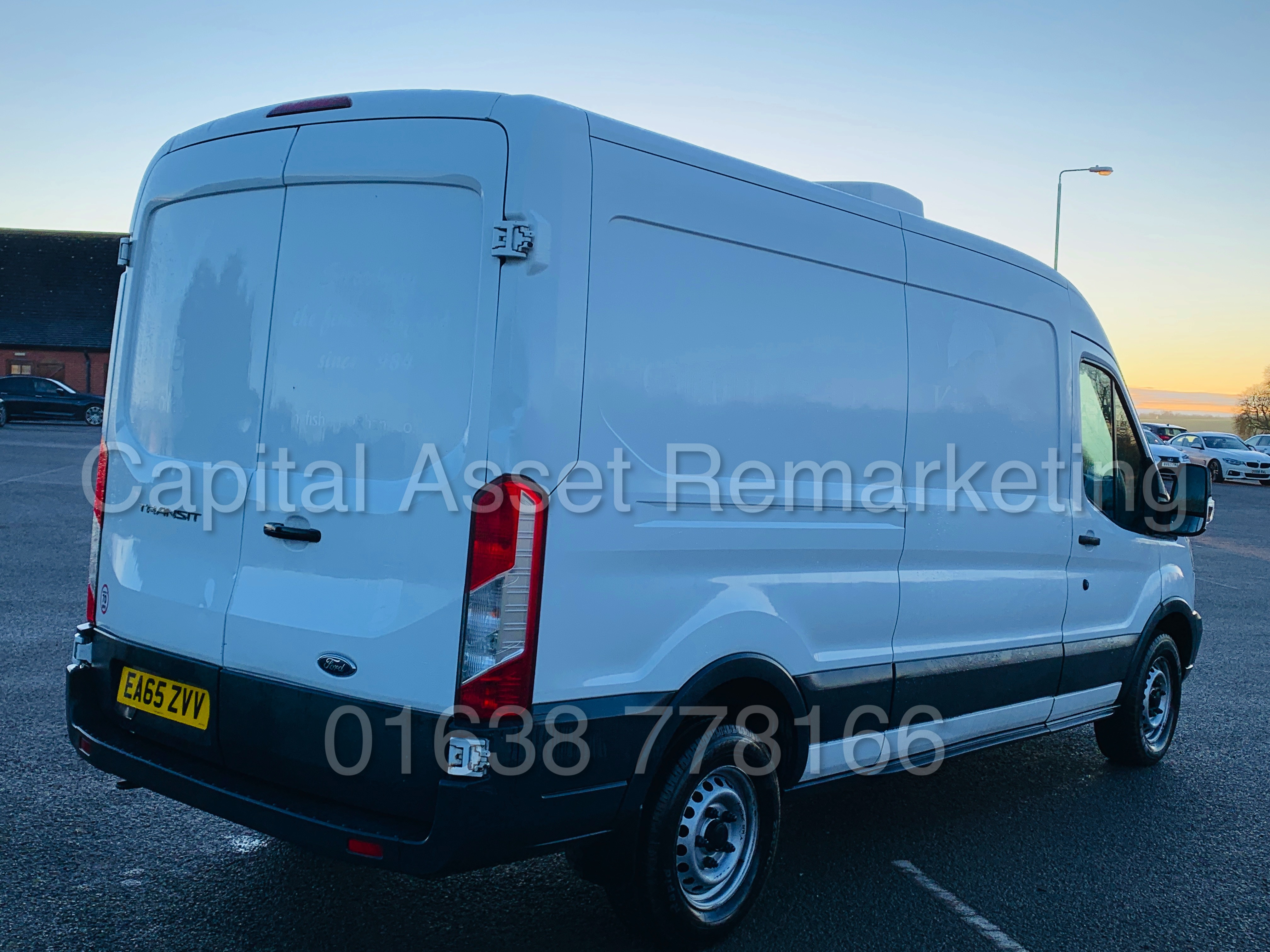(On Sale) FORD TRANSIT T350 *LWB - REFRIGERATED VAN* (65 REG) '2.2 TDCI -125 BHP- 6 SPEED' (1 OWNER) - Image 12 of 43