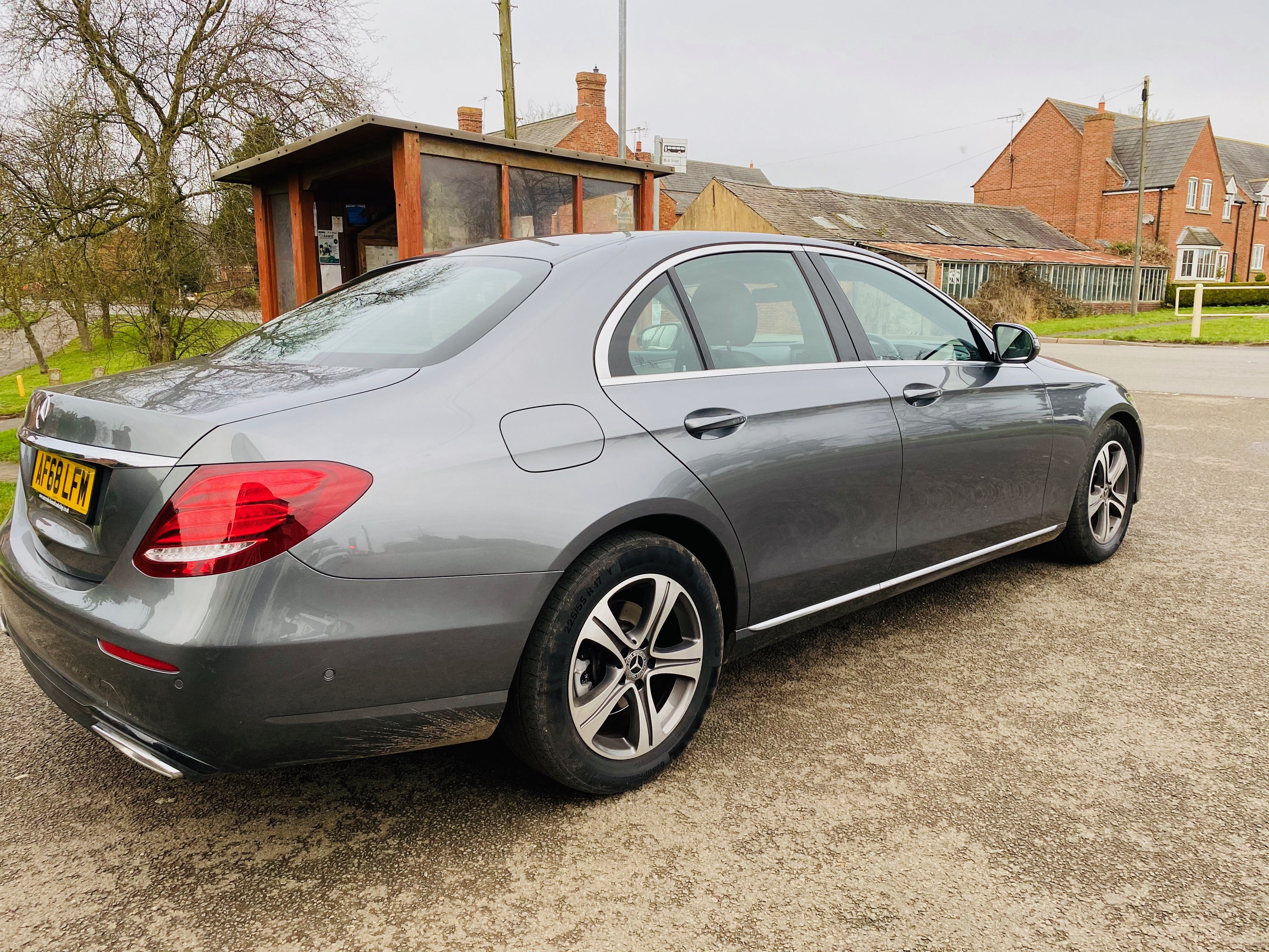 """ON SALE MERCEDES E220d """"SPECIAL EQUIPMENT"""" 9G-TRONIC (2019 MODEL) *GREAT SPEC*SAT NAV - LEATHER - Image 4 of 26"""