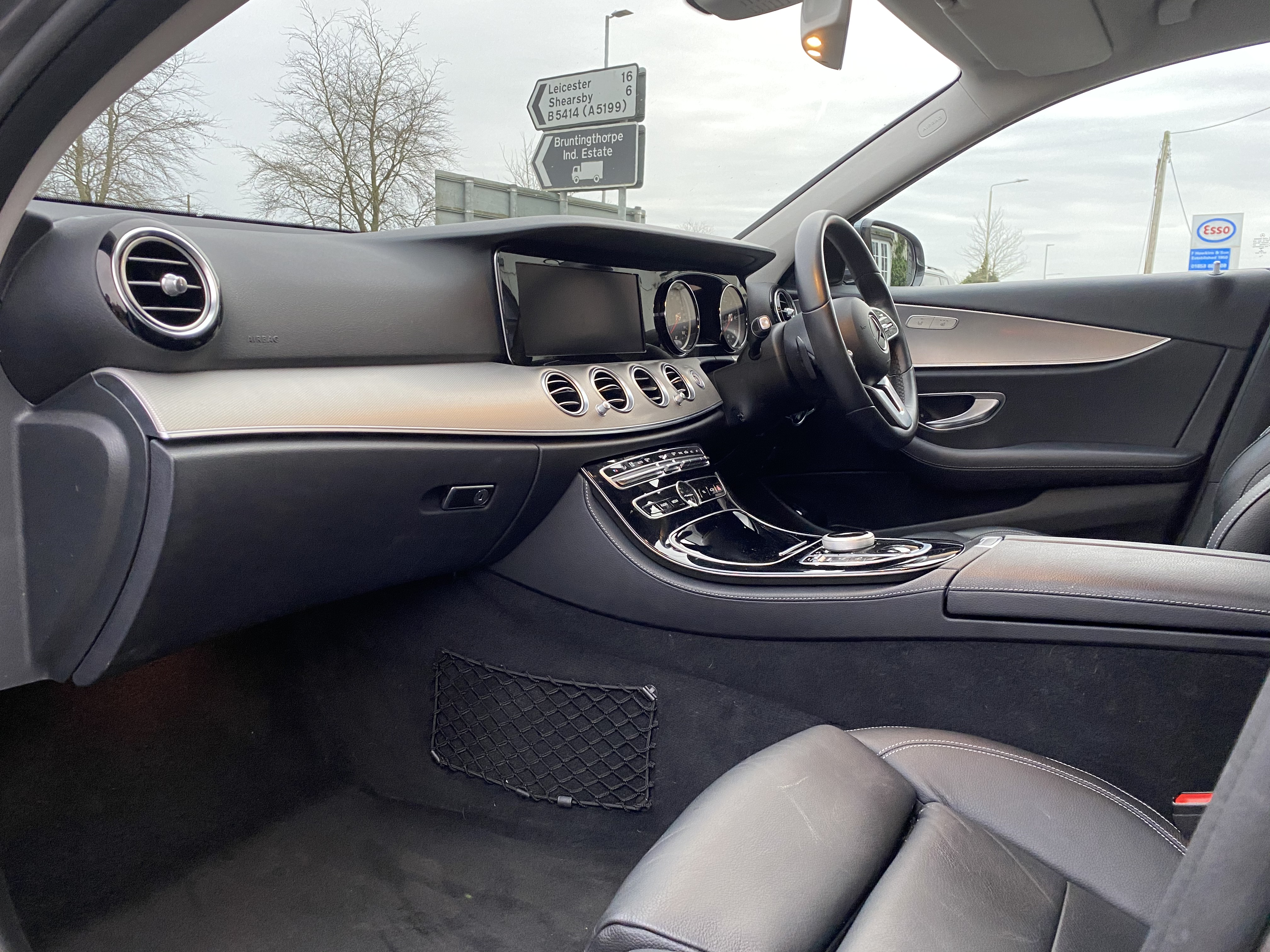 """ON SALE MERCEDES E220d """"SPECIAL EQUIPMENT"""" 9G-TRONIC (2019 MODEL) *GREAT SPEC*SAT NAV - LEATHER - Image 16 of 26"""