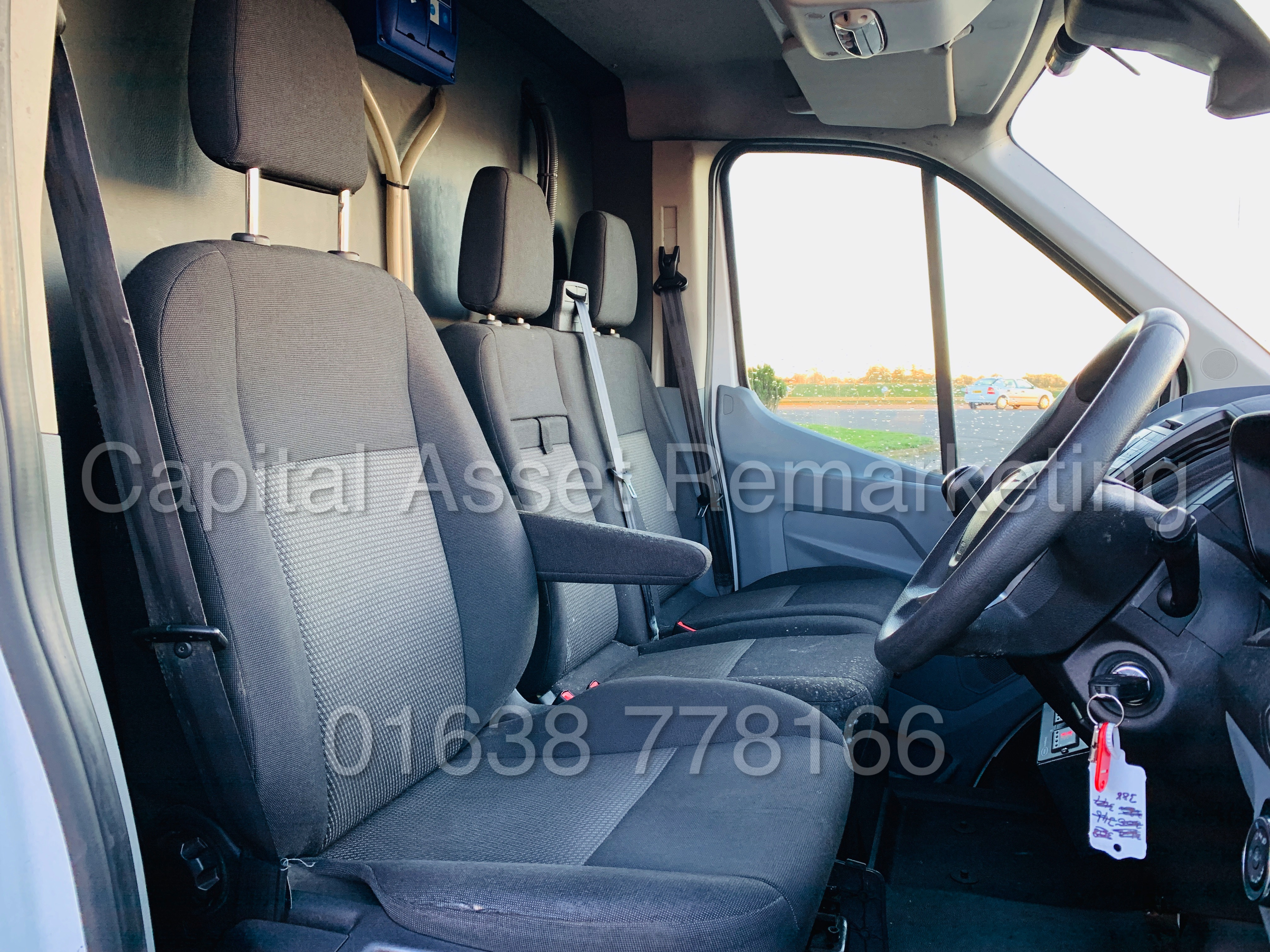 (On Sale) FORD TRANSIT T350 *LWB - REFRIGERATED VAN* (65 REG) '2.2 TDCI -125 BHP- 6 SPEED' (1 OWNER) - Image 26 of 43