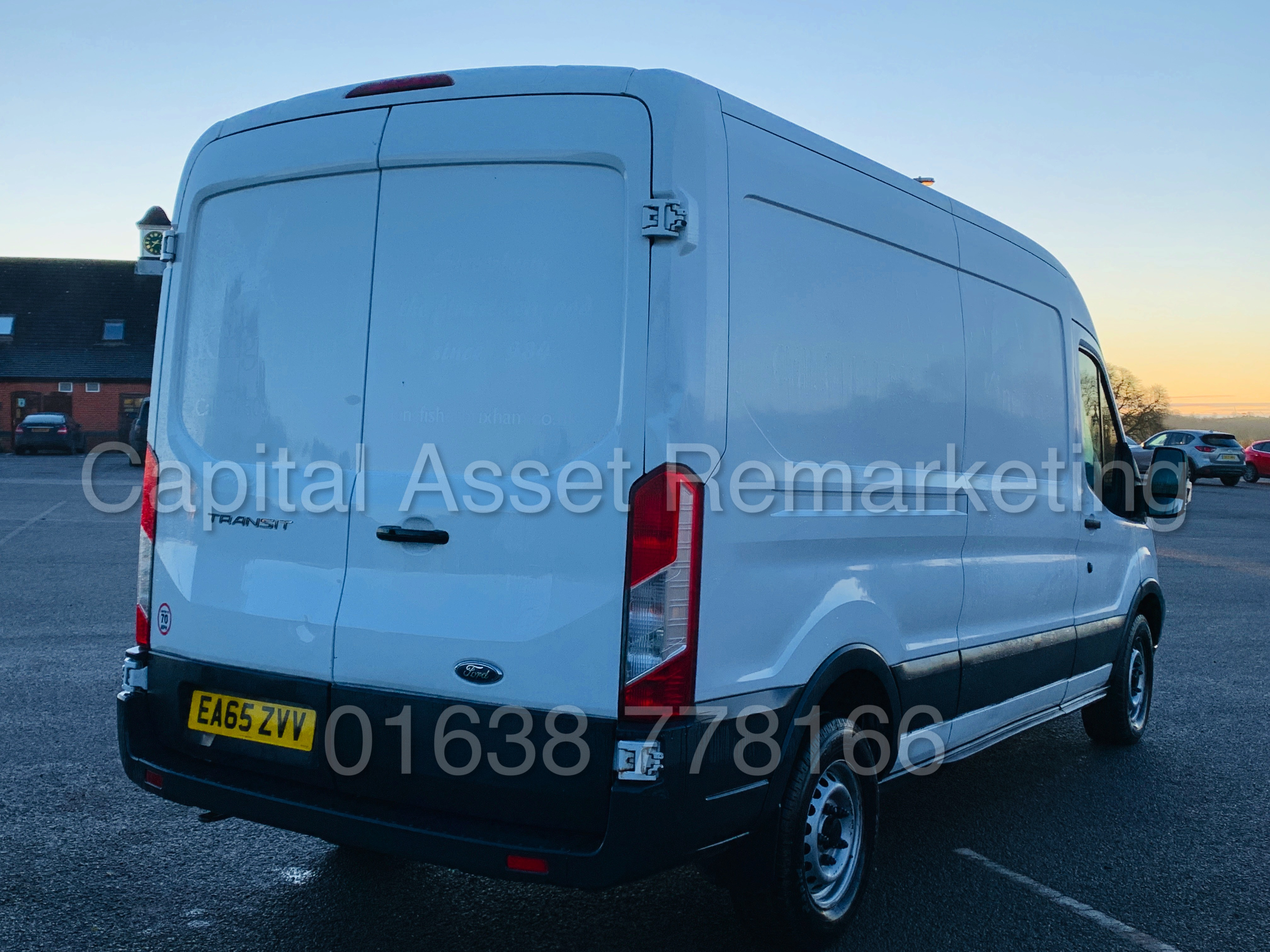 (On Sale) FORD TRANSIT T350 *LWB - REFRIGERATED VAN* (65 REG) '2.2 TDCI -125 BHP- 6 SPEED' (1 OWNER) - Image 11 of 43