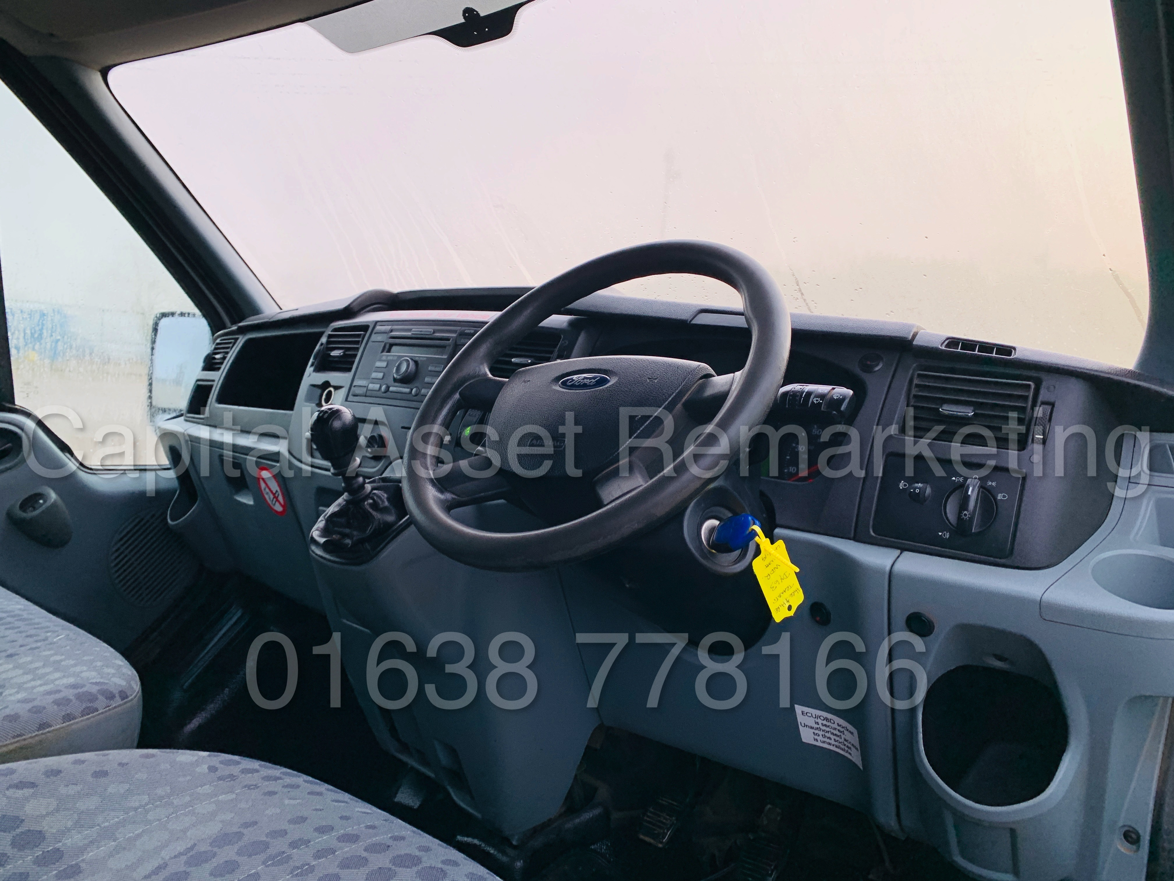 FORD TRANSIT T350 *LWB - 7 SEATER MESSING UNIT* (2014 MODEL) '2.4 TDCI - 6 SPEED' *ON BOARD TOILET* - Image 34 of 44
