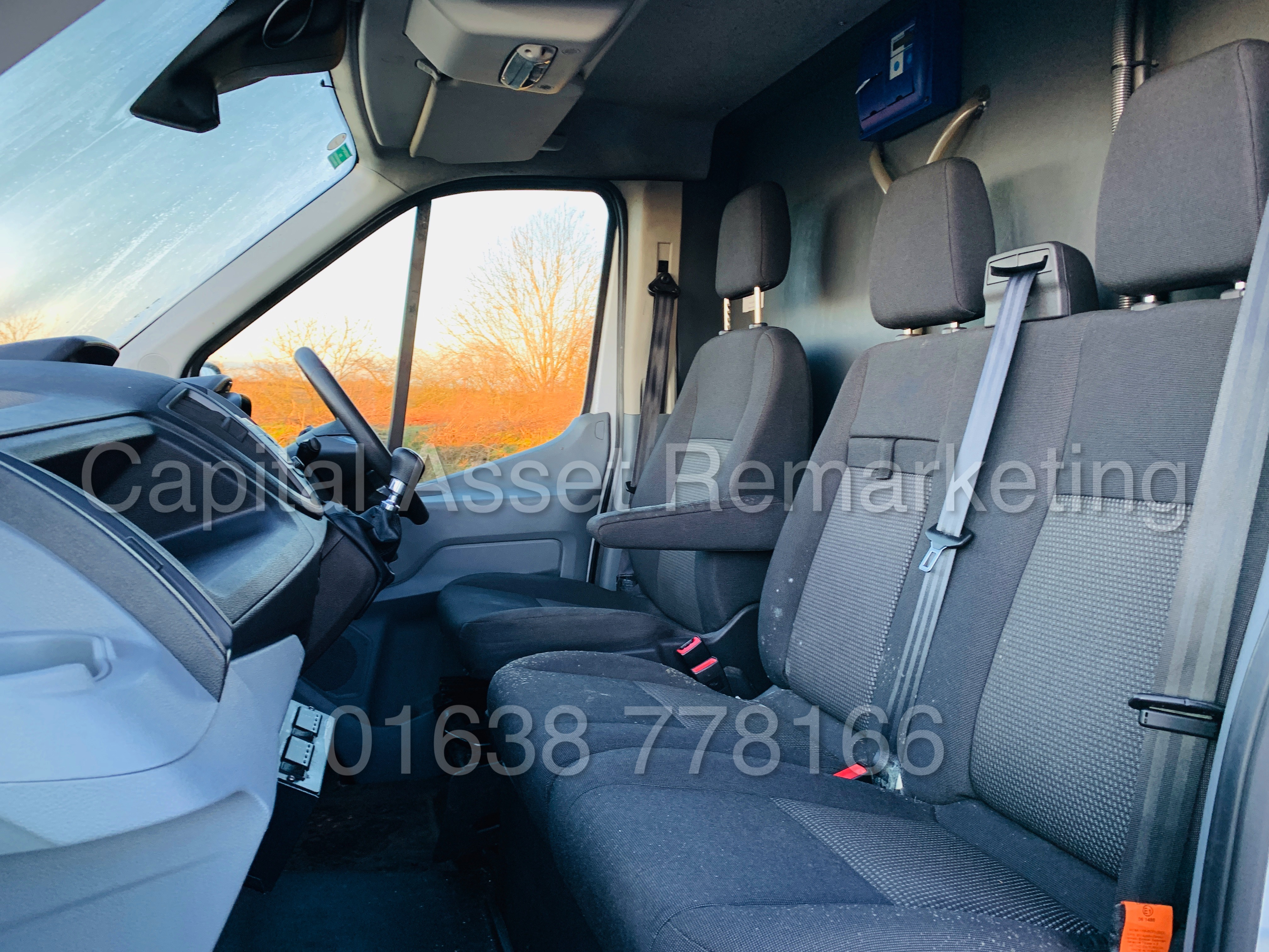 (On Sale) FORD TRANSIT T350 *LWB - REFRIGERATED VAN* (65 REG) '2.2 TDCI -125 BHP- 6 SPEED' (1 OWNER) - Image 18 of 43