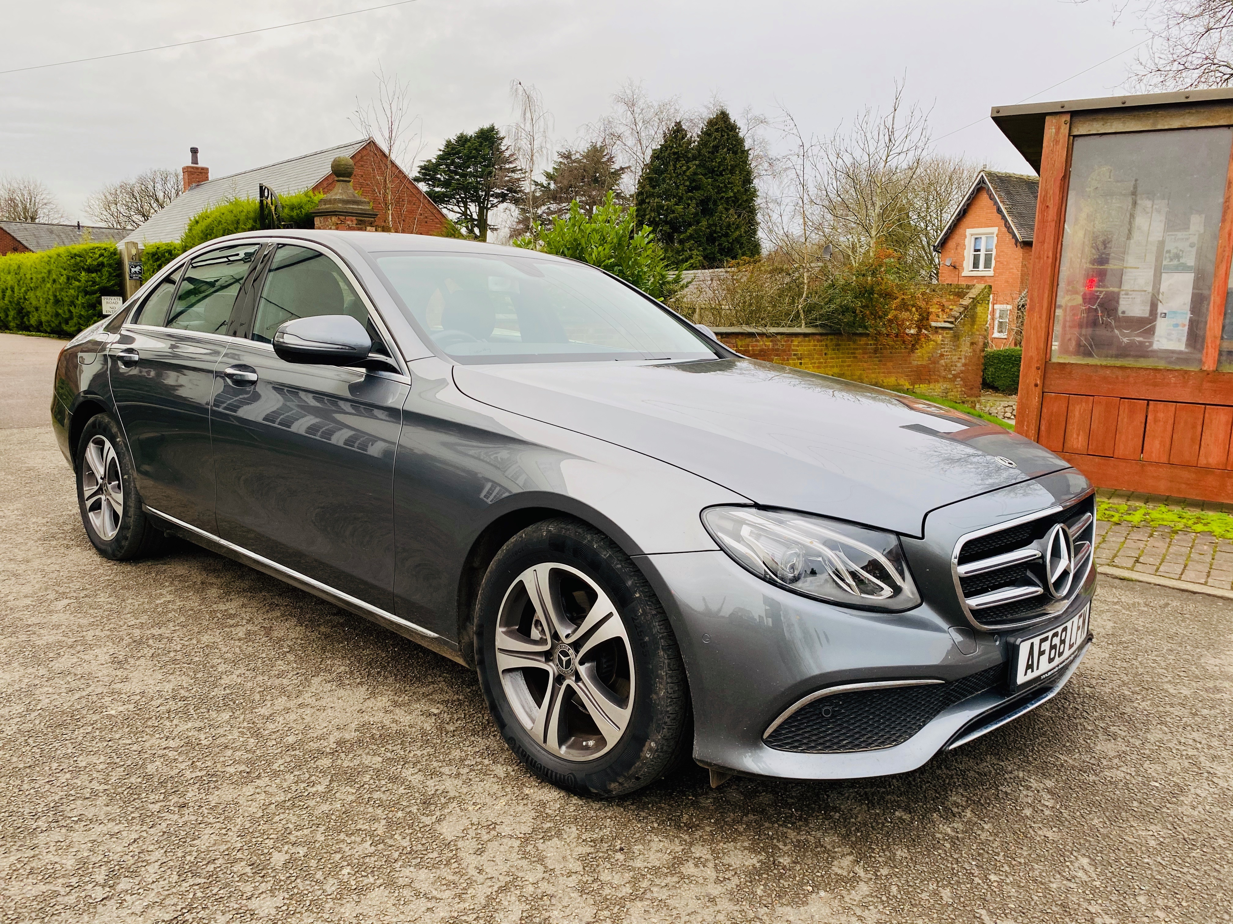 """ON SALE MERCEDES E220d """"SPECIAL EQUIPMENT"""" 9G-TRONIC (2019 MODEL) *GREAT SPEC*SAT NAV - LEATHER - Image 2 of 26"""