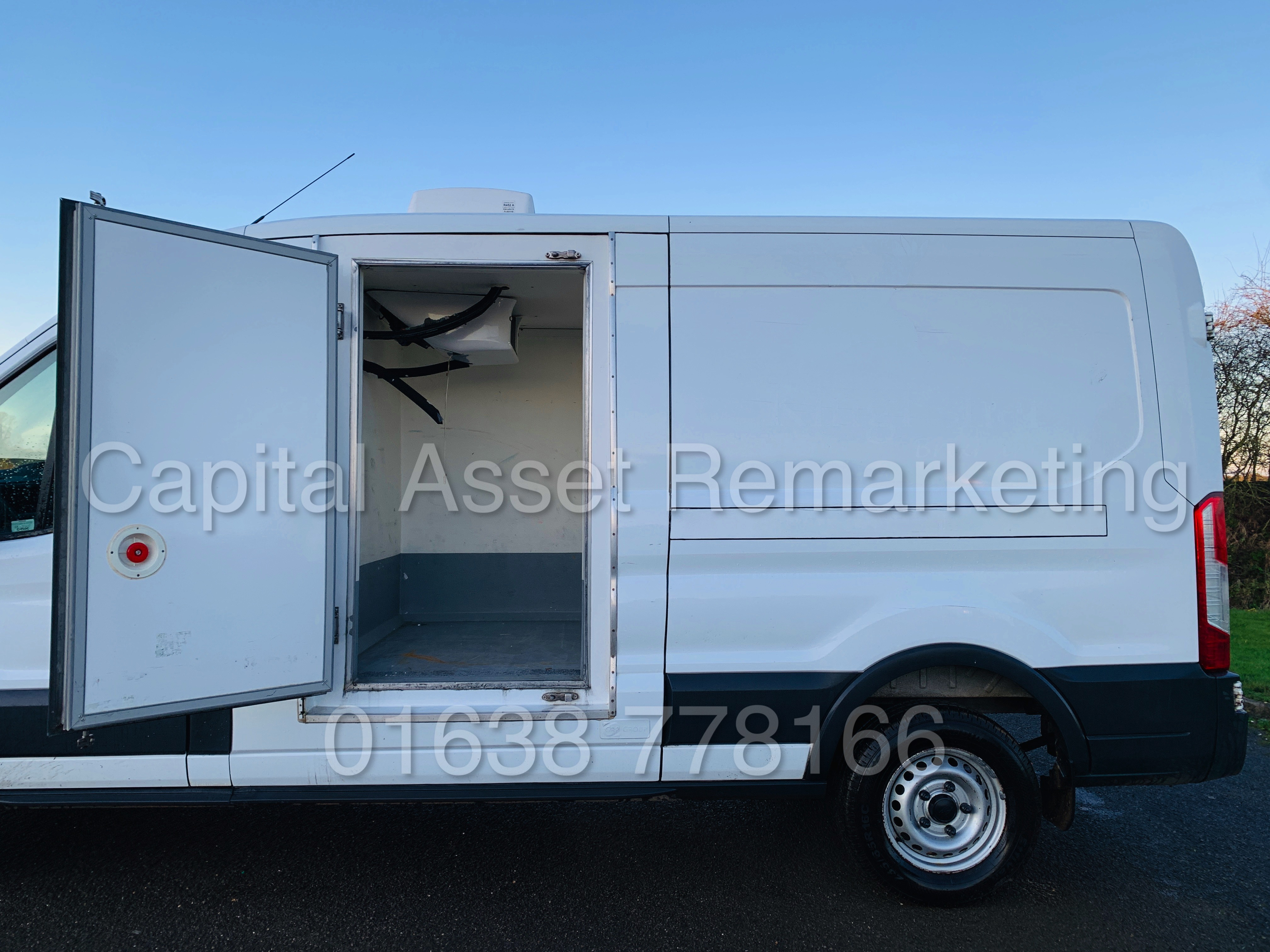(On Sale) FORD TRANSIT T350 *LWB - REFRIGERATED VAN* (65 REG) '2.2 TDCI -125 BHP- 6 SPEED' (1 OWNER) - Image 19 of 43