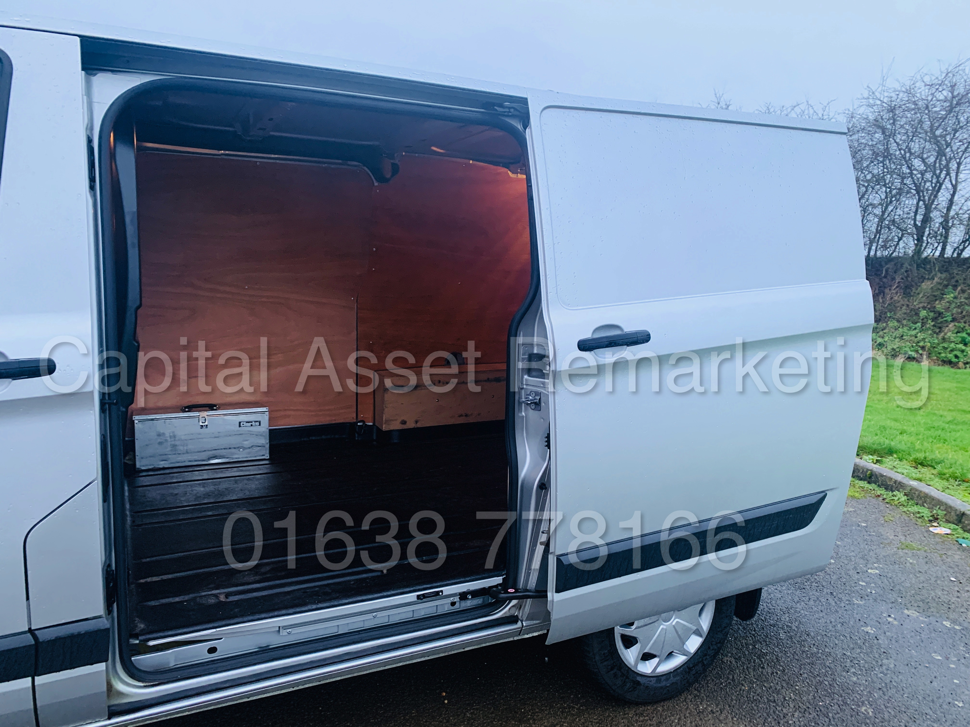 (On Sale) FORD TRANSIT *TREND* 290 SWB (2017 - EURO 6 / AD-BLUE) '2.0 TDCI - 130 BHP - 6 SPEED' - Image 20 of 41