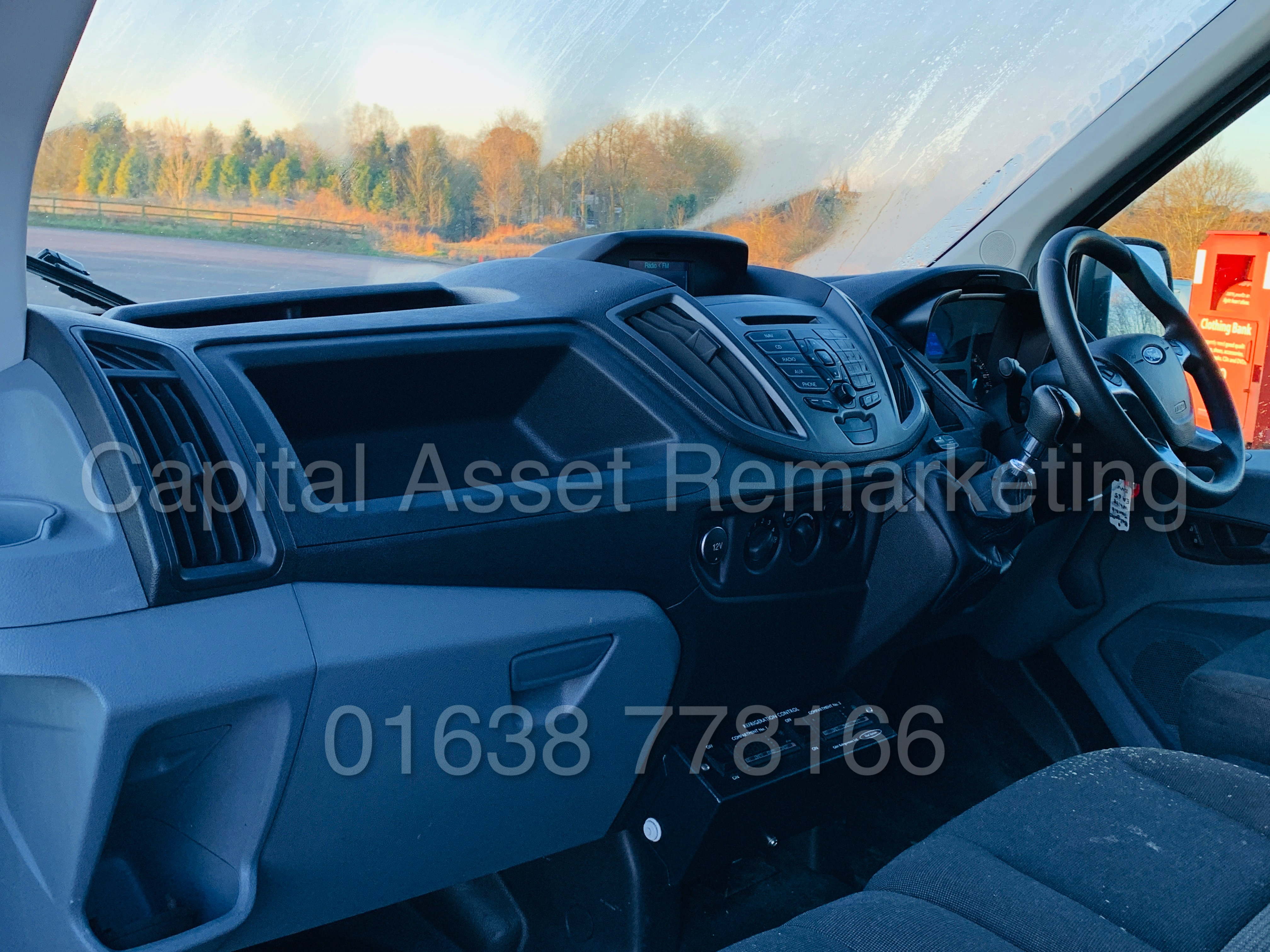(On Sale) FORD TRANSIT T350 *LWB - REFRIGERATED VAN* (65 REG) '2.2 TDCI -125 BHP- 6 SPEED' (1 OWNER) - Image 16 of 43