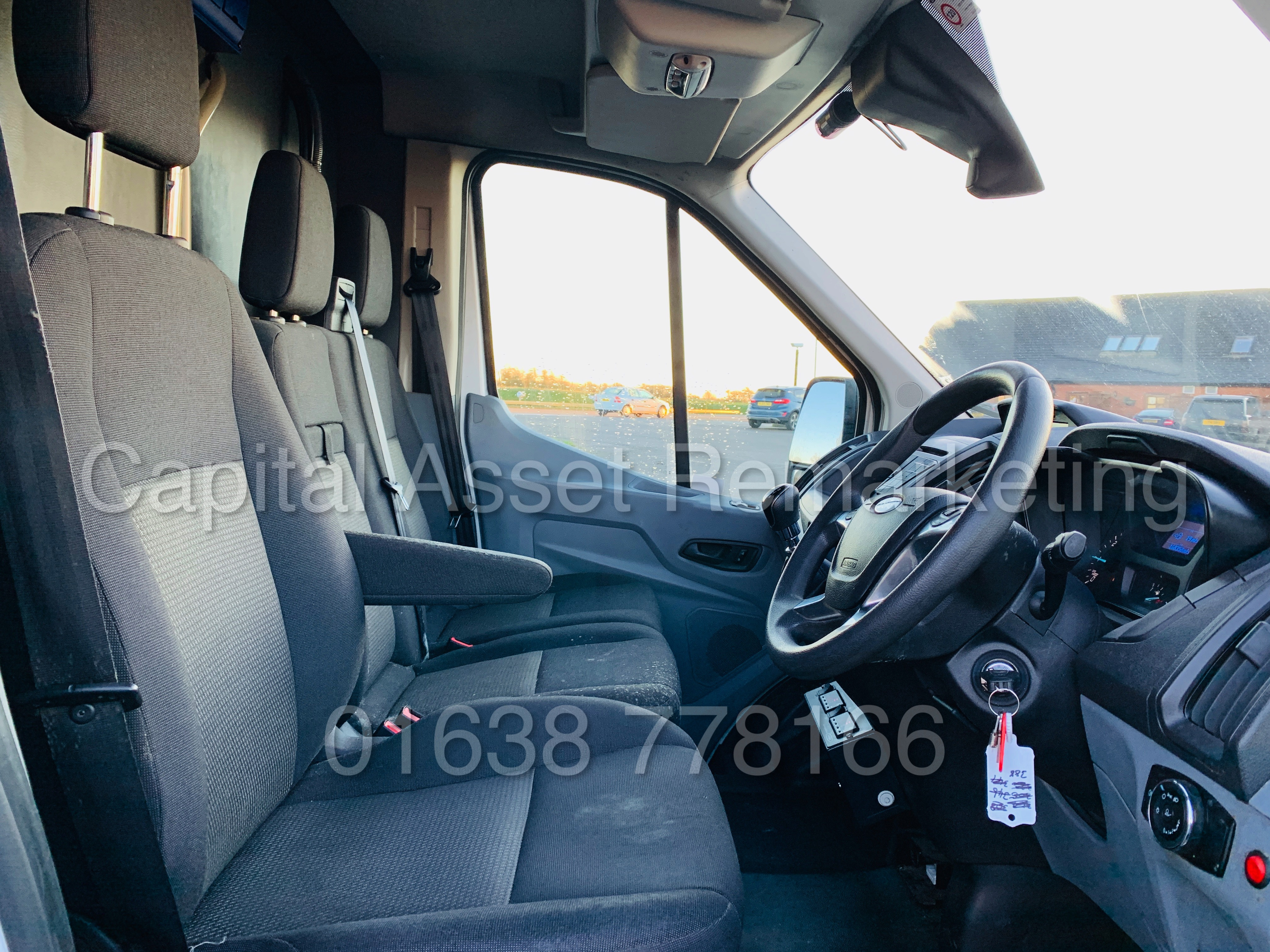(On Sale) FORD TRANSIT T350 *LWB - REFRIGERATED VAN* (65 REG) '2.2 TDCI -125 BHP- 6 SPEED' (1 OWNER) - Image 27 of 43