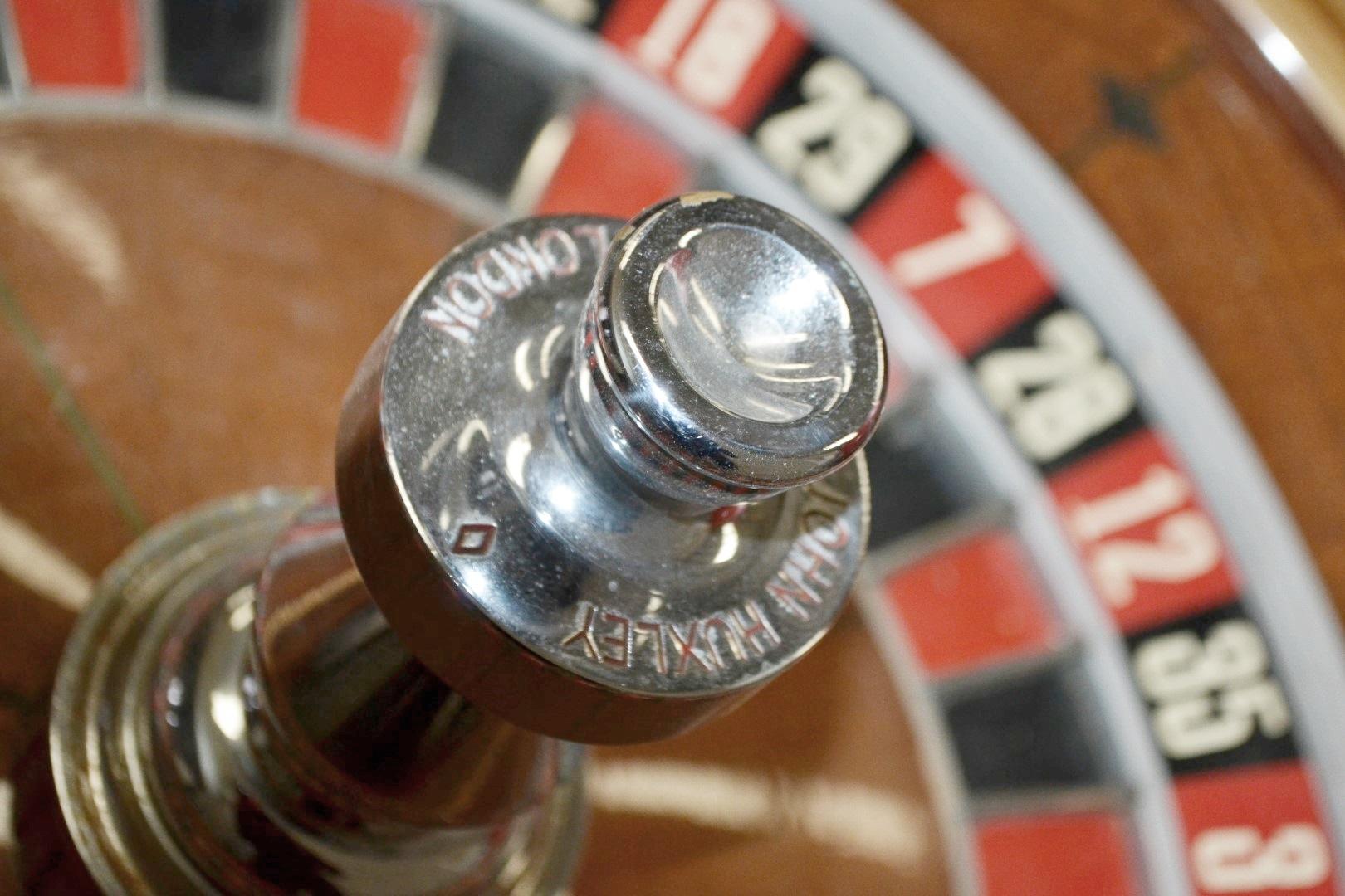 "Lot 2550 - 1 x JOHN HUXLEY OF LONDON 'Saturn' 32"" Casino Roulette Wheel - Dimensions: Height 34, Diameter 81cm"