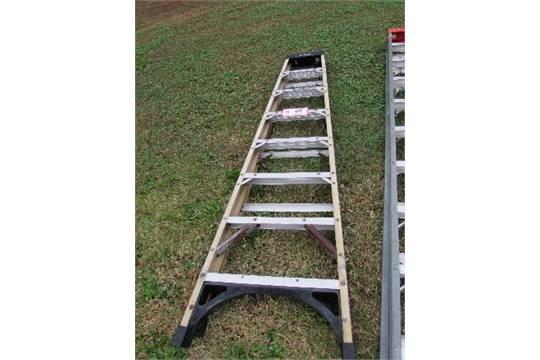 Strange Husky 8 Fiberglass Step Ladder Caraccident5 Cool Chair Designs And Ideas Caraccident5Info