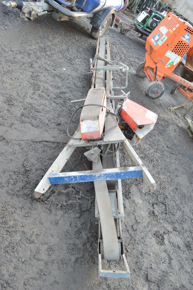 Mace Bumpa petrol driven brick conveyor