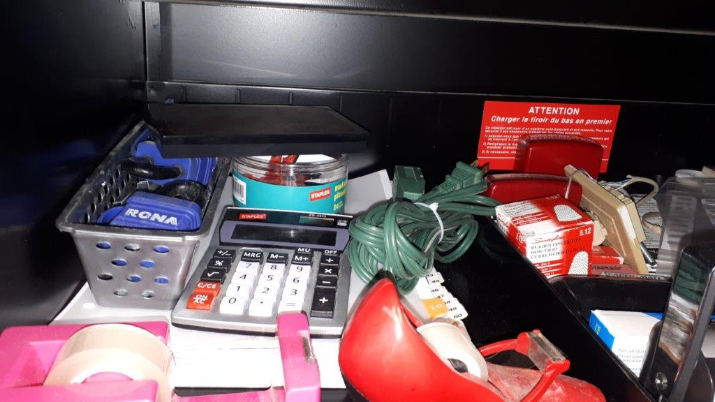 Lot 1 - Assorted office supplies (Lot)
