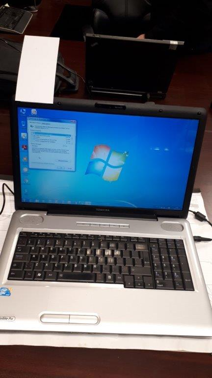 Lot 21 - Toshiba Core2Duo,2.53GHz,3GB,250GB HDD