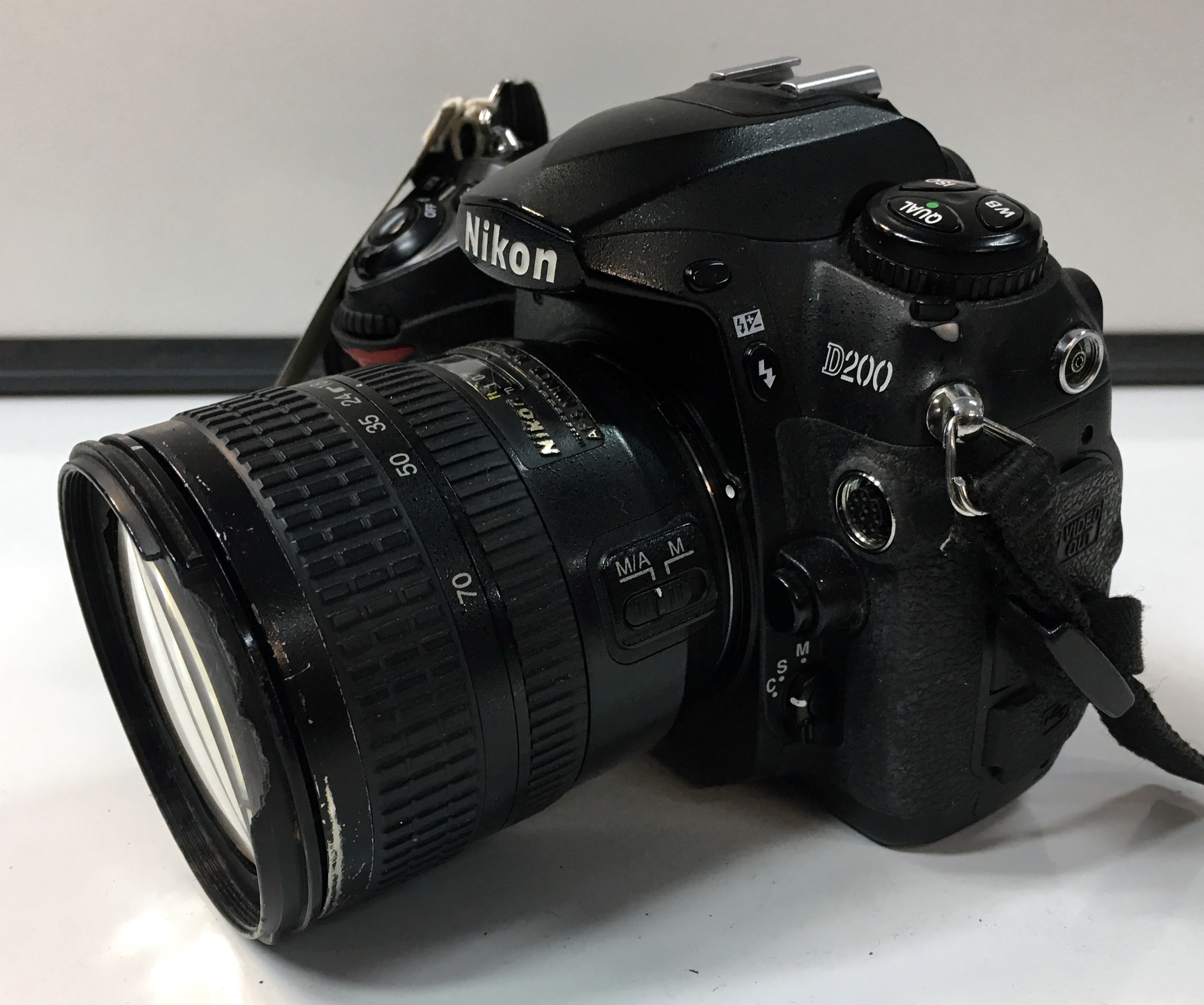 how to find nikon serial number
