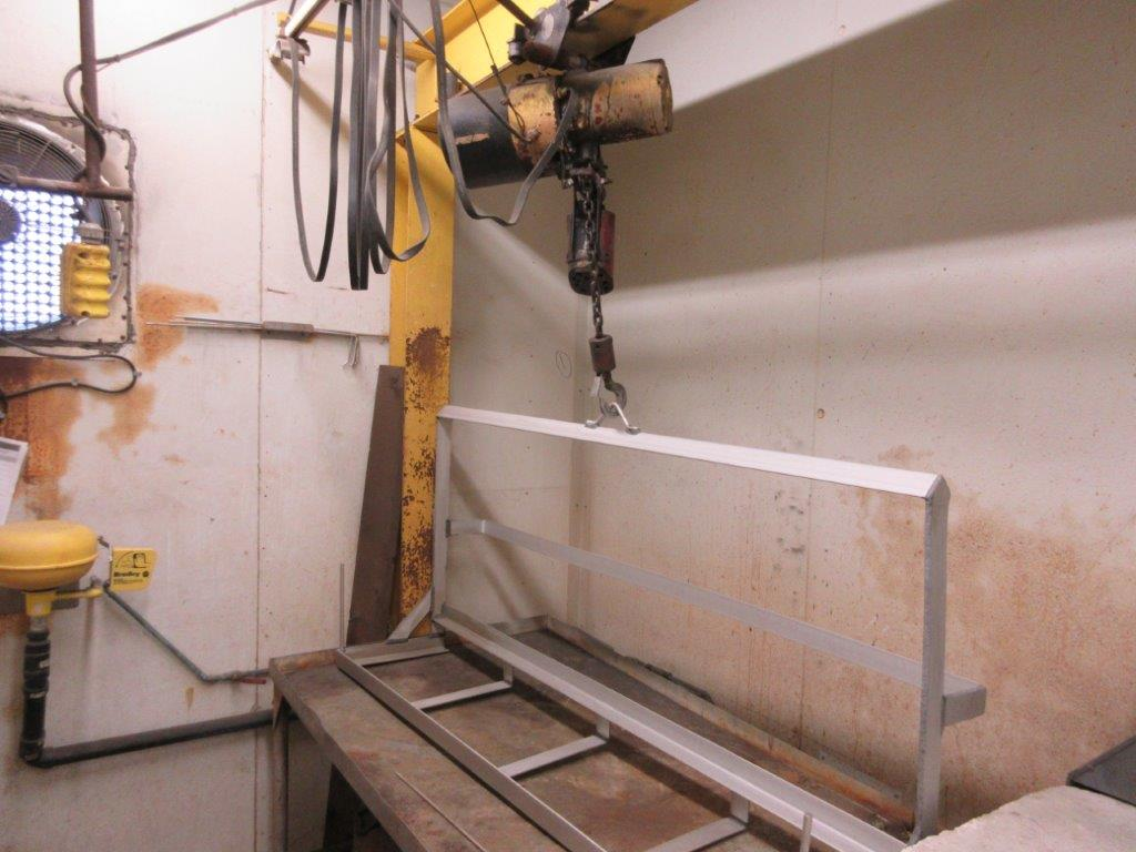 Acid washing chamber (8ft w x 33 ft l x 10 ft h approx), including electric hoist 1/2 Ton and 20 - Image 10 of 11