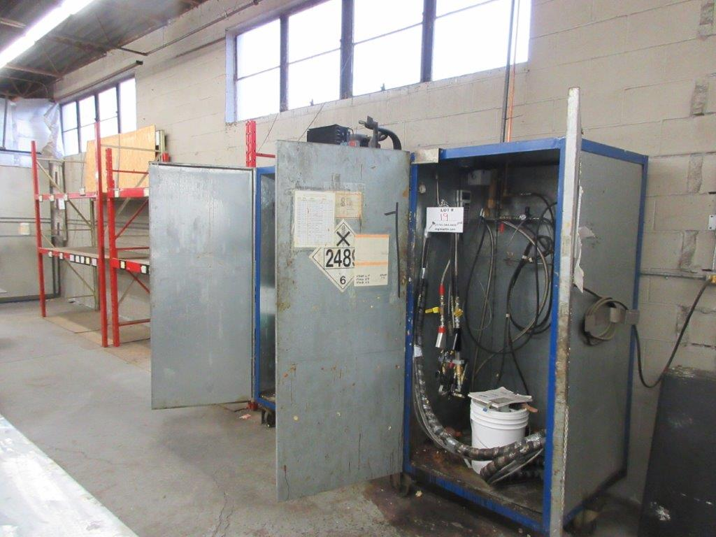 Polyurethane distributing system w/t cabinet + gun, timer, rack, mixer, cleaning system, air & water - Image 5 of 8