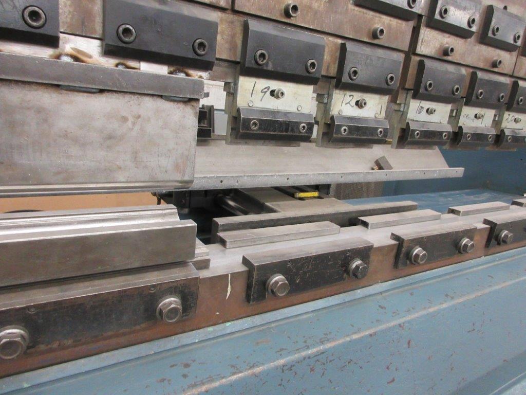 PROMECAM Press brake w/t DSP Laser-Rx Cap:150 Ton Imperial, 12ft, Mod RG 154, Laser, 6ft back guage, - Image 9 of 11