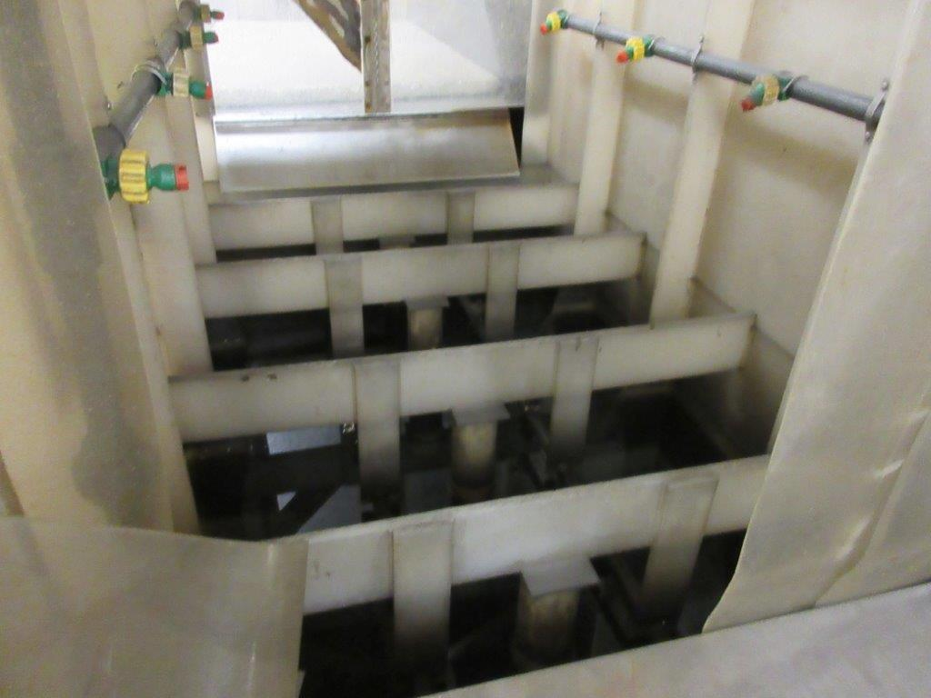 Acid washing chamber (8ft w x 33 ft l x 10 ft h approx), including electric hoist 1/2 Ton and 20 - Image 9 of 11