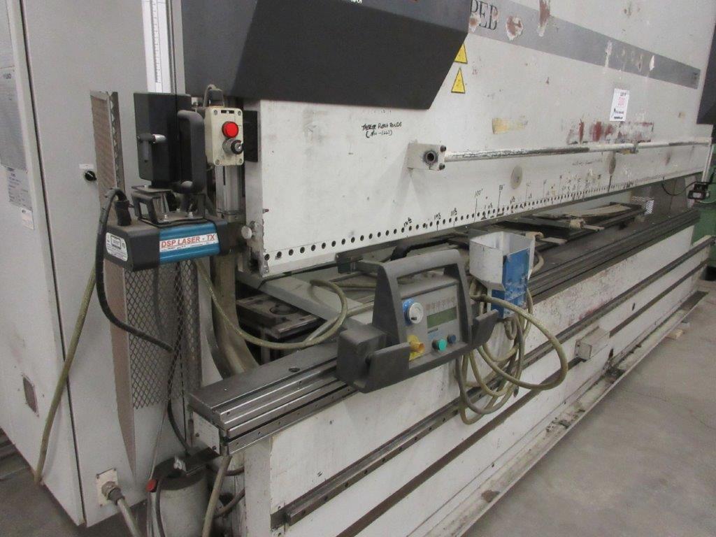 STRIPPIT LVD press brake (1999) type PPEB 135/42 max cap: 1350, 575 volts, 60 hz , 135 Ton, 14ft, - Image 2 of 11