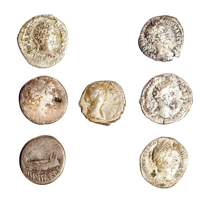 Lot 46 - A mixed lot of seven Roman silver denarii. Represented in this lot: Republican (2-one of Mark