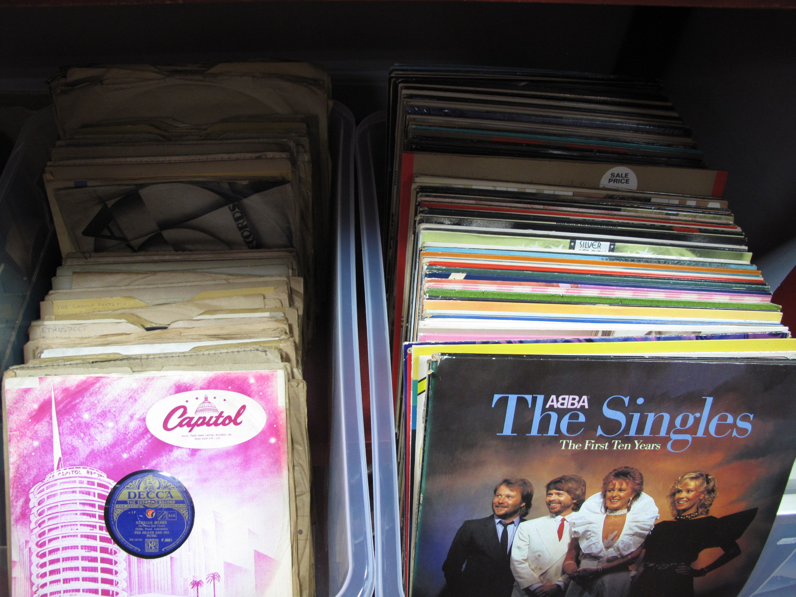 Lot 1041 - A Quantity of LP's and 78rpm's:- to include Linda Ronstadt, Abba, Tony Bennett, Johnny Ray, Quincy