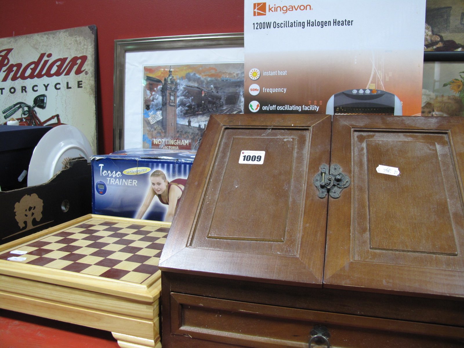 Lot 1009 - A Kingavon Halogen Heater, (untested sold for parts only), torso trainer, chess, stationery slope,