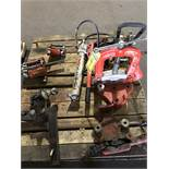 """PALLET OF RIDGID PIPE CLAMPS, BC810 1/2"""" TO 8"""" PIPE, RIDGID 27 SCREW DOWN PIPE CUTTER, A SMALL SCREW"""