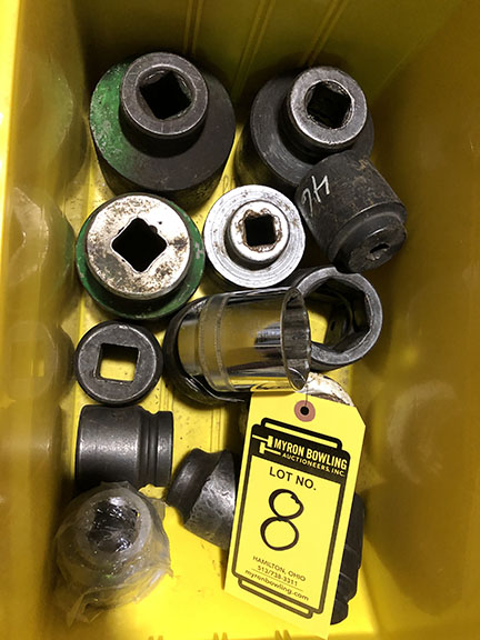 """LOT OF ASSORTED SOCKETS, UP TO 1"""" DRIVE 3"""" SOCKET, DOWN TO 1 1/2"""" DRIVE"""