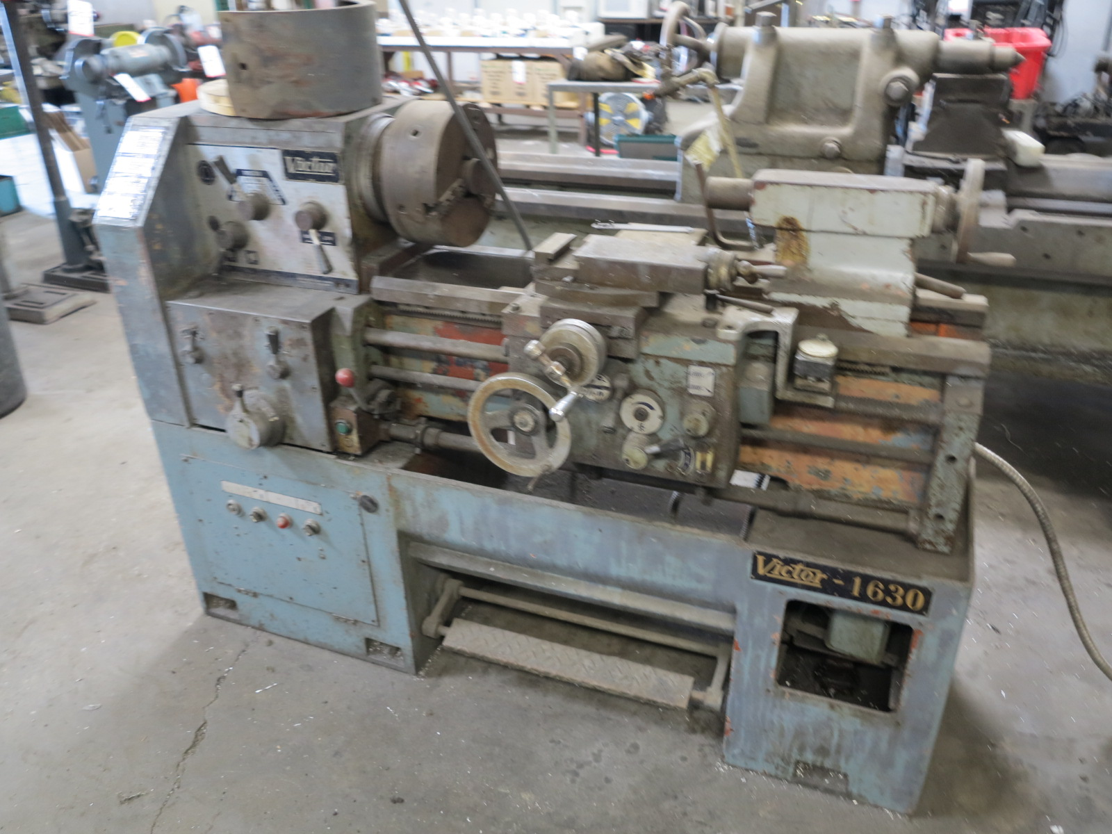 "VICTOR 1630 LATHE, W/ 10"" 3-JAW CHUCK, TAILSTOCK - Image 3 of 3"