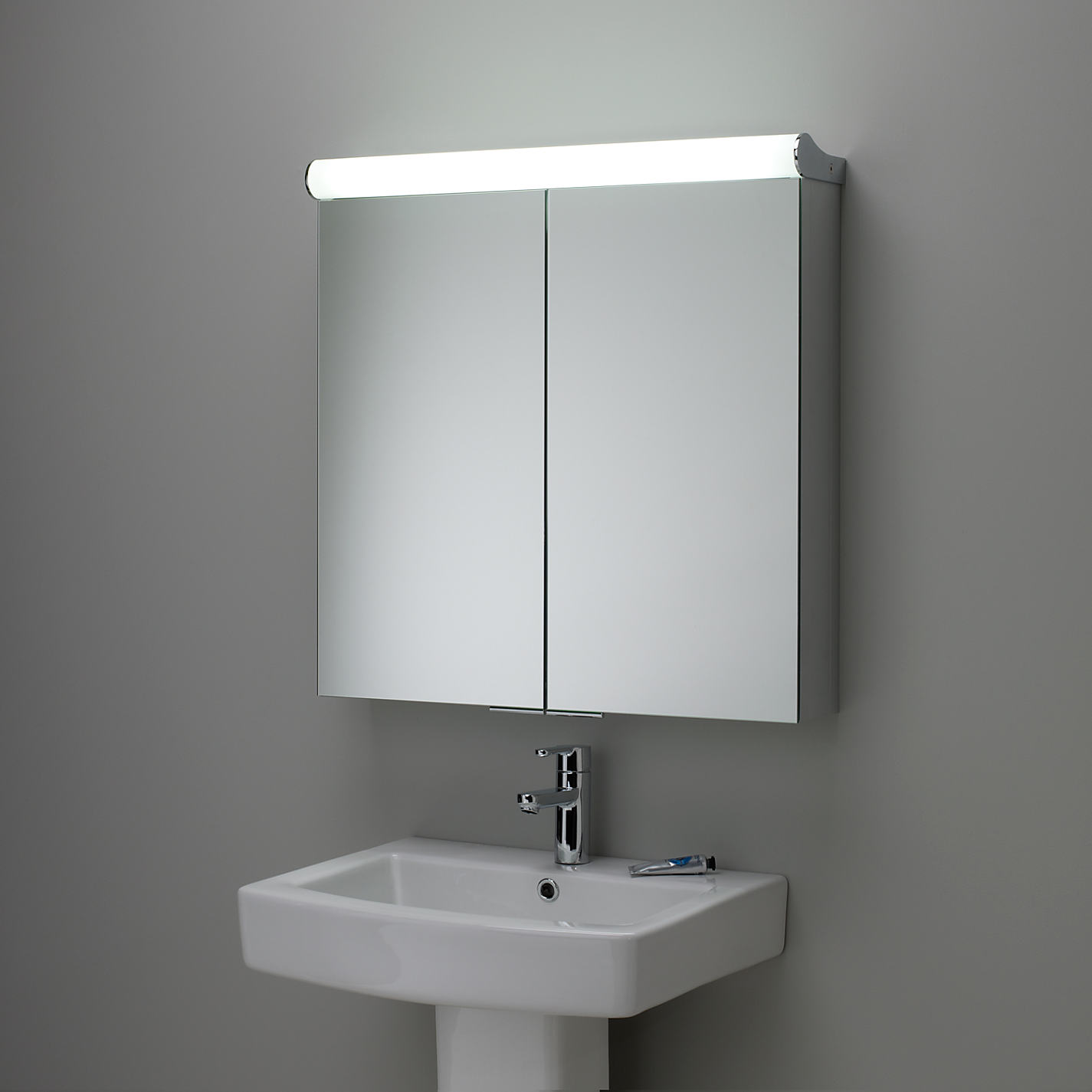 1 x boxed latitude illuminated bathroom cabinet please for Mirror please