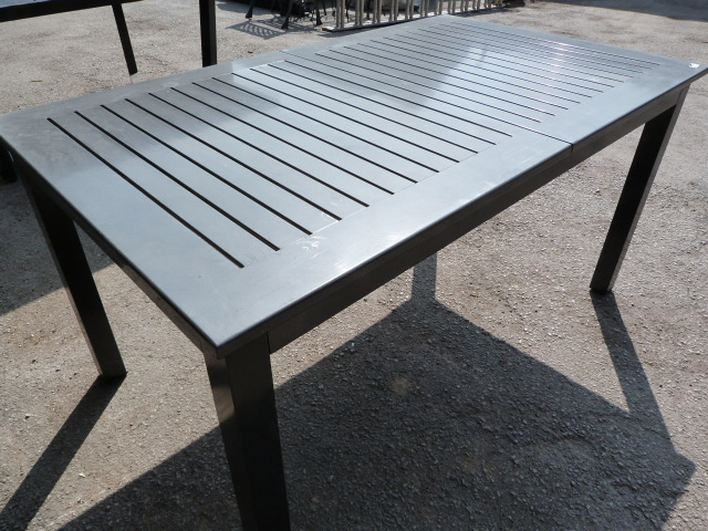 Lot 6 - *Classic Metal Dining Table