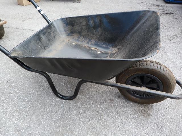Lot 7 - Metal Wheelbarrow