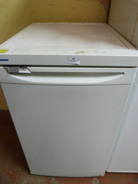 Lot 42 - *Liebherr Refrigerator
