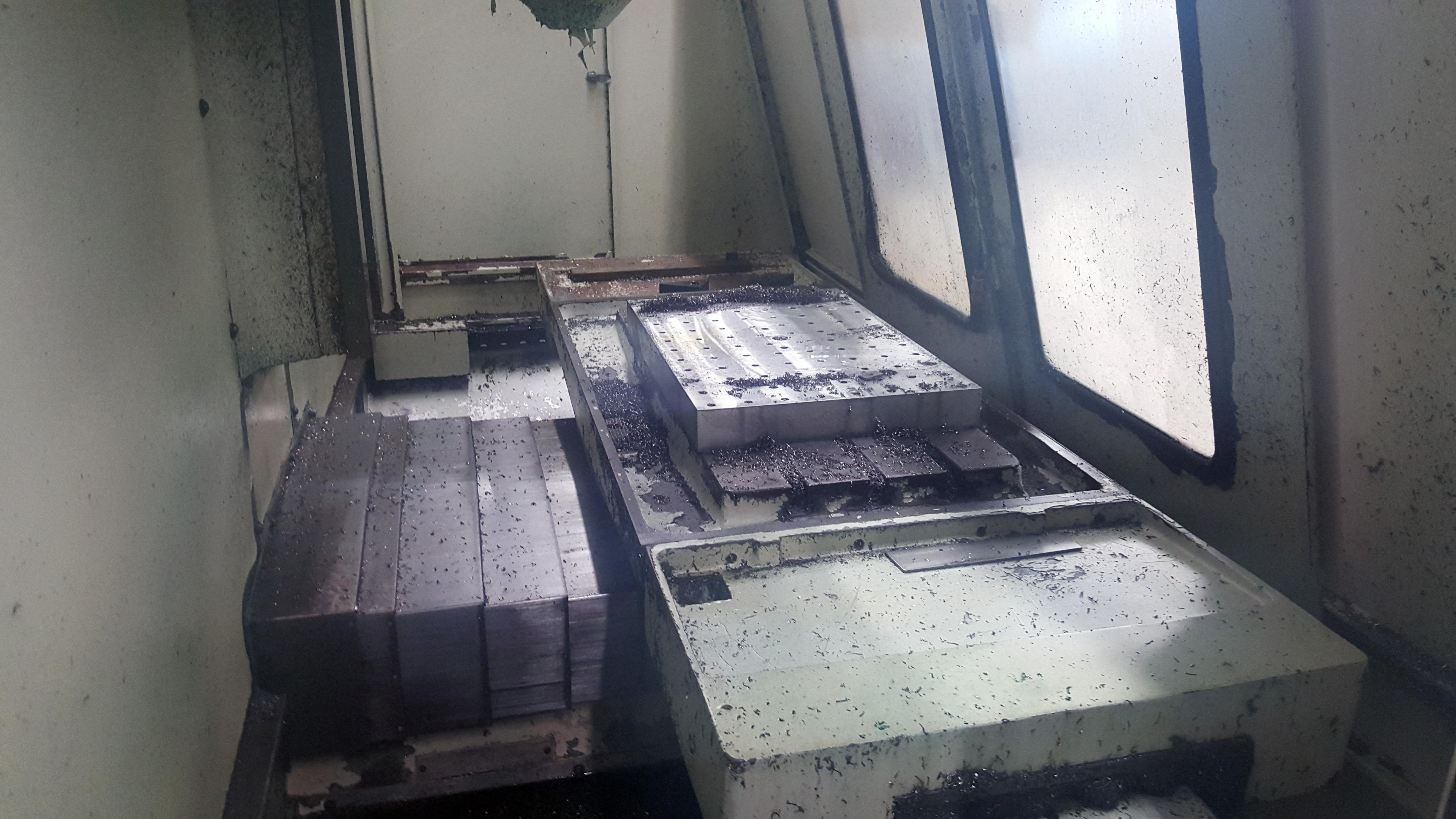"Republic Lagun 4 Axis Model 3516 CNC Vertical Machining Center 16"" X 35"" table, 18 tools, 5000 - Image 6 of 6"