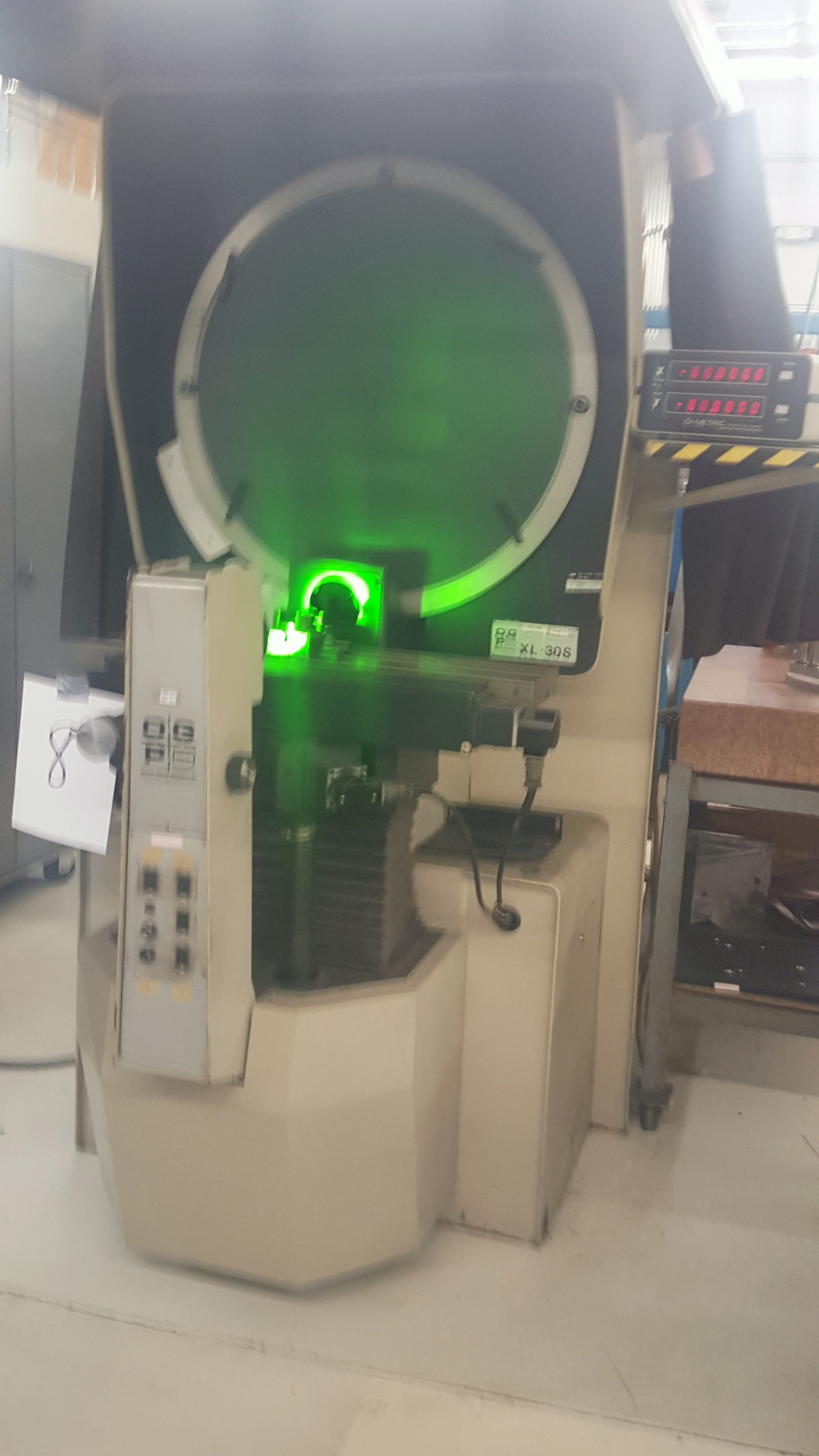 """OGP 30"""" Optical Comparator Projector, Model IXL-827, XL30S, S/N 8270292, under power - Image 2 of 8"""