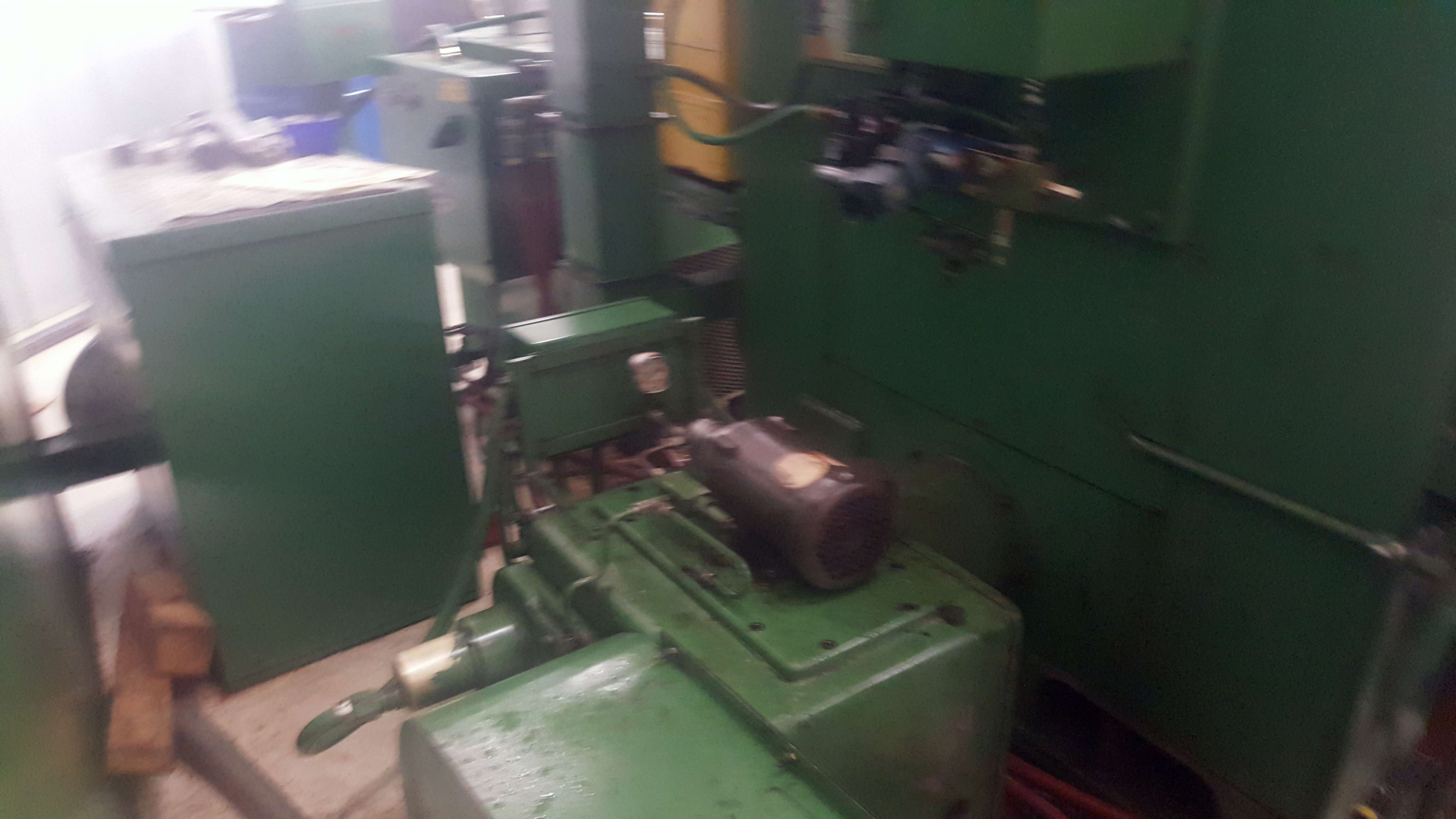 """Gray 42"""" table CNC Vertical Turing and boring lathe, Allen Bradley 8200 control, under power - Image 10 of 16"""