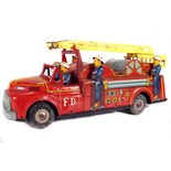 Tin Plate Fire Engine - Japanese - Friction Driven - 1960s - some wear & marks - L 44cm W 12cm