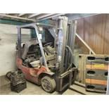 Toyota Model 7FGCU25 Forklift (Inoperable)