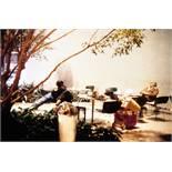 Dan Graham. Park Avenue Atrium. Fotografie, C-Print. 1987/1994. 26,7 : 40,3 cm. Rückseitig