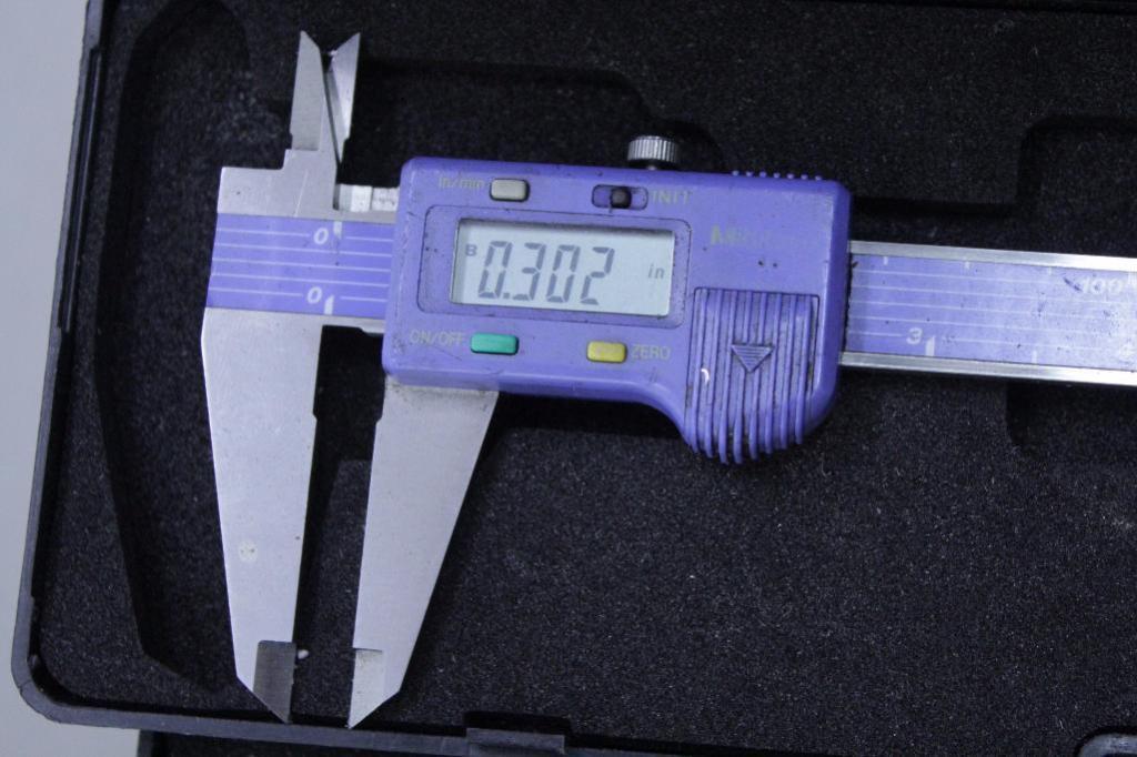 Lot 5 - Digital Calipers