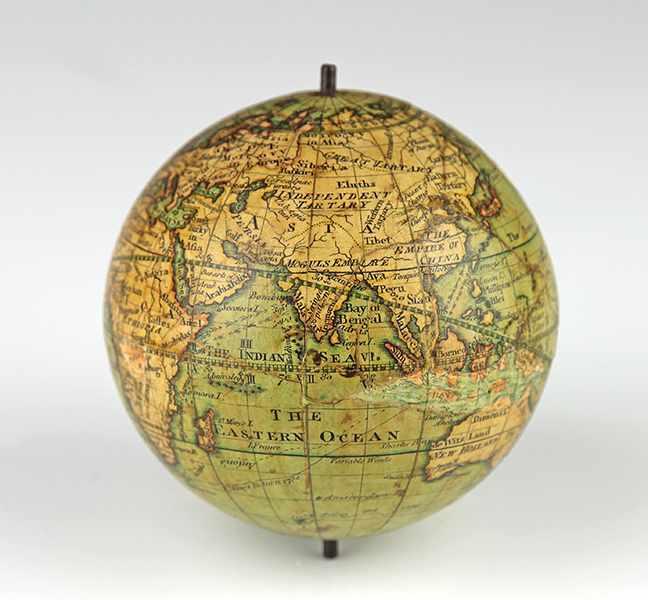 """Lot 20 - Globen - Astronomie - - Taschenglobus von Nicholas Lane. London ca. 1833, bezeichnet """"Lane's"""