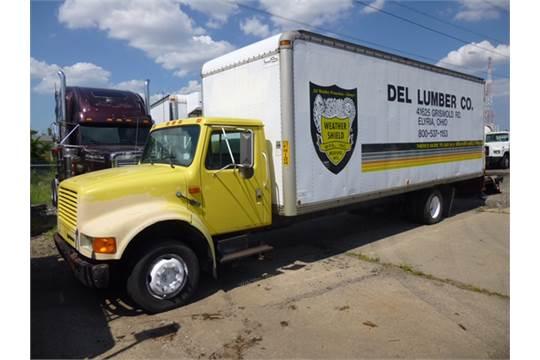 International Dry Van Box Truck International, Under CDL