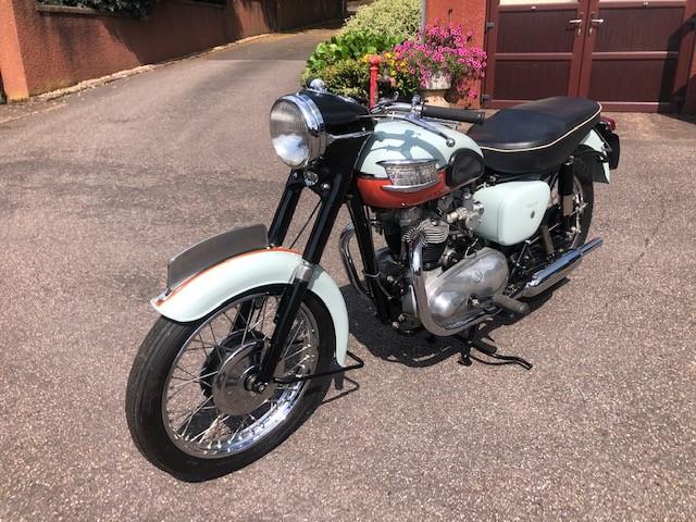 Lot 5 - A Triumph Bonneville T120 'Tangerine Dream', manufactured 1959, registration 545 UYU,
