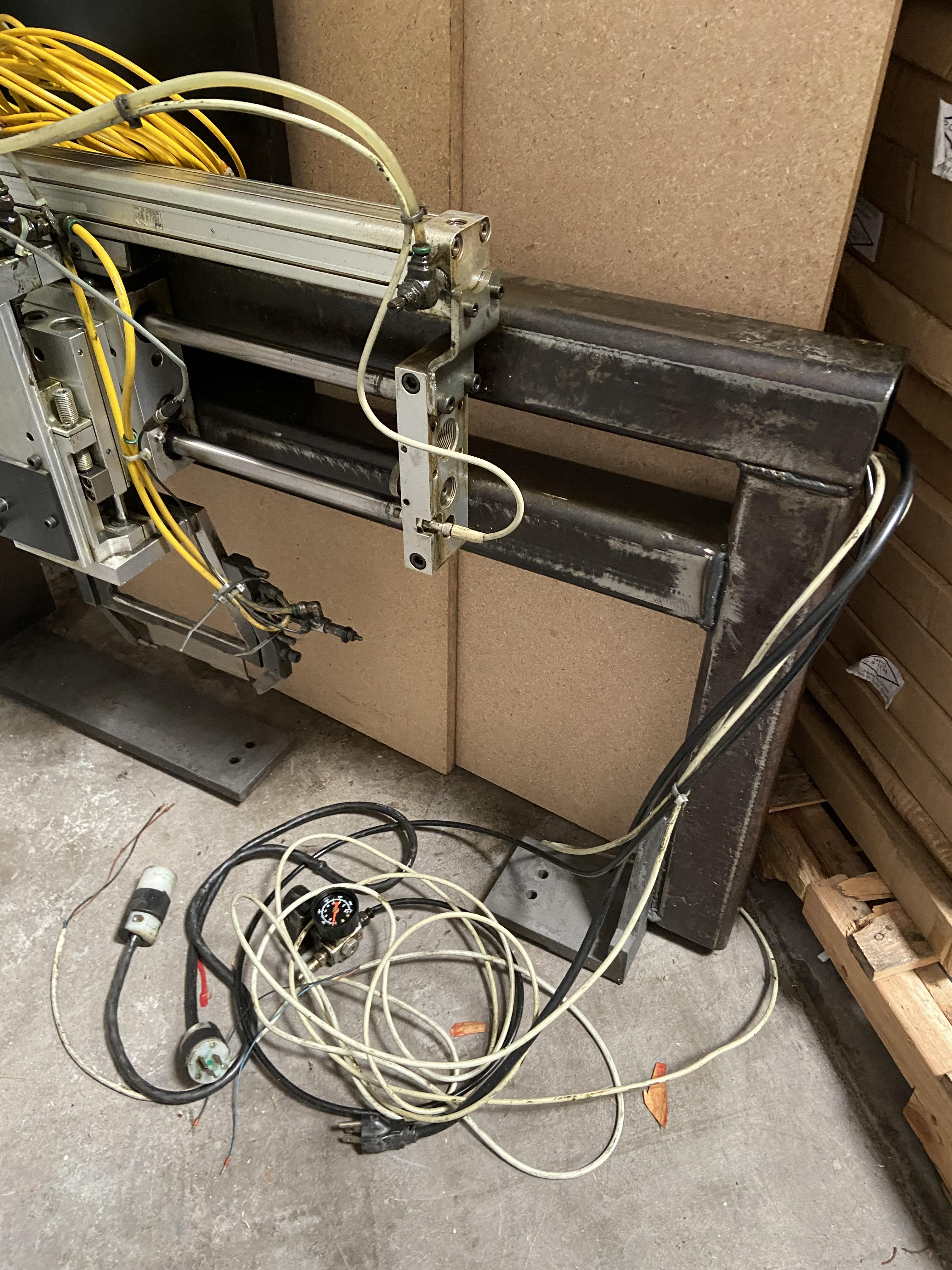 Lot 1 - Pick and Pack Industrial Machinery Unit